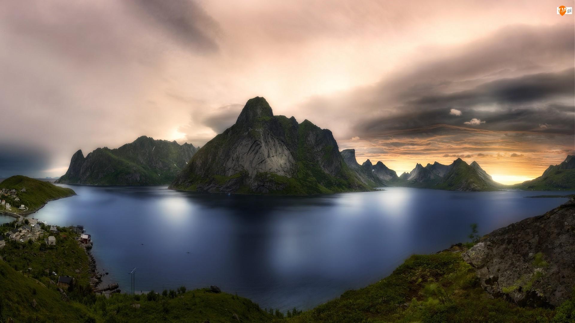 Morze, Wioska, Norwegia, Wschód słońca, Lofoty, Góry