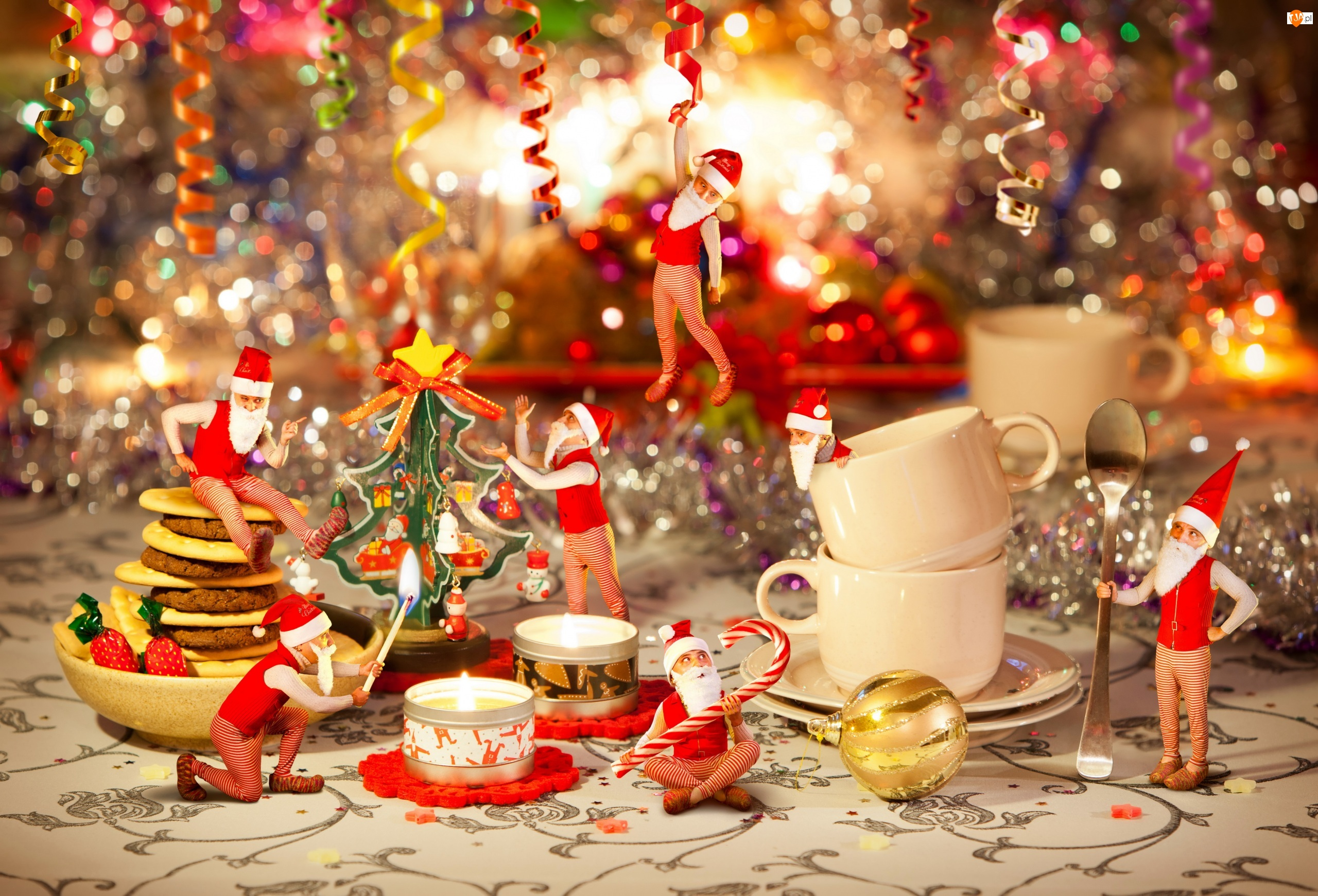 Świąteczna, Mikołaje, Kompozycja, Krasnale