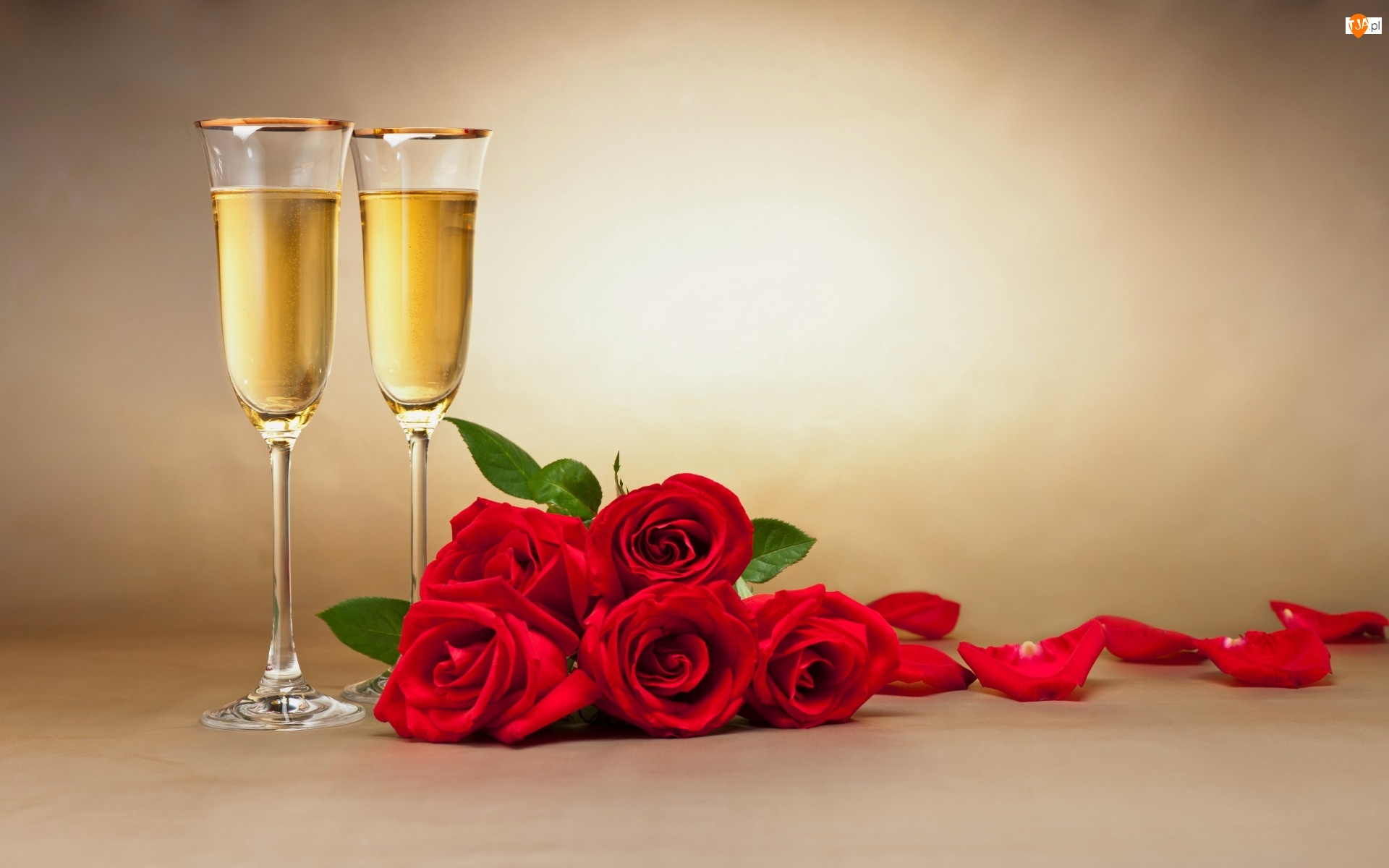 Kieliszki, Czerwone, Walentynki, Róże, Urodziny, Szampan