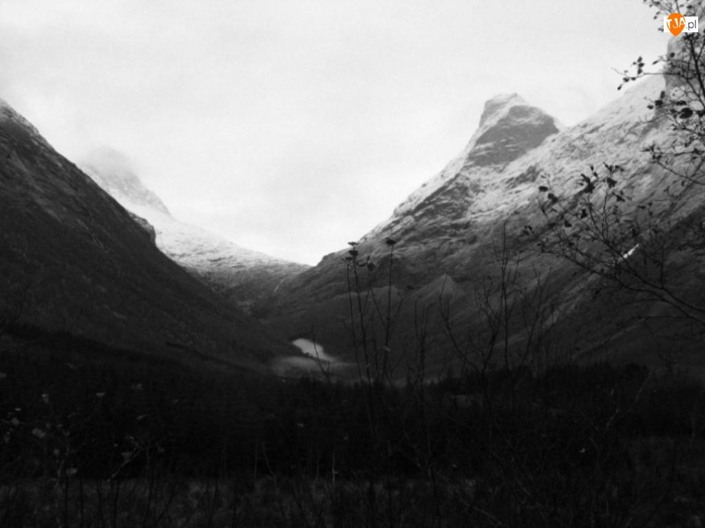 Góry, sepia