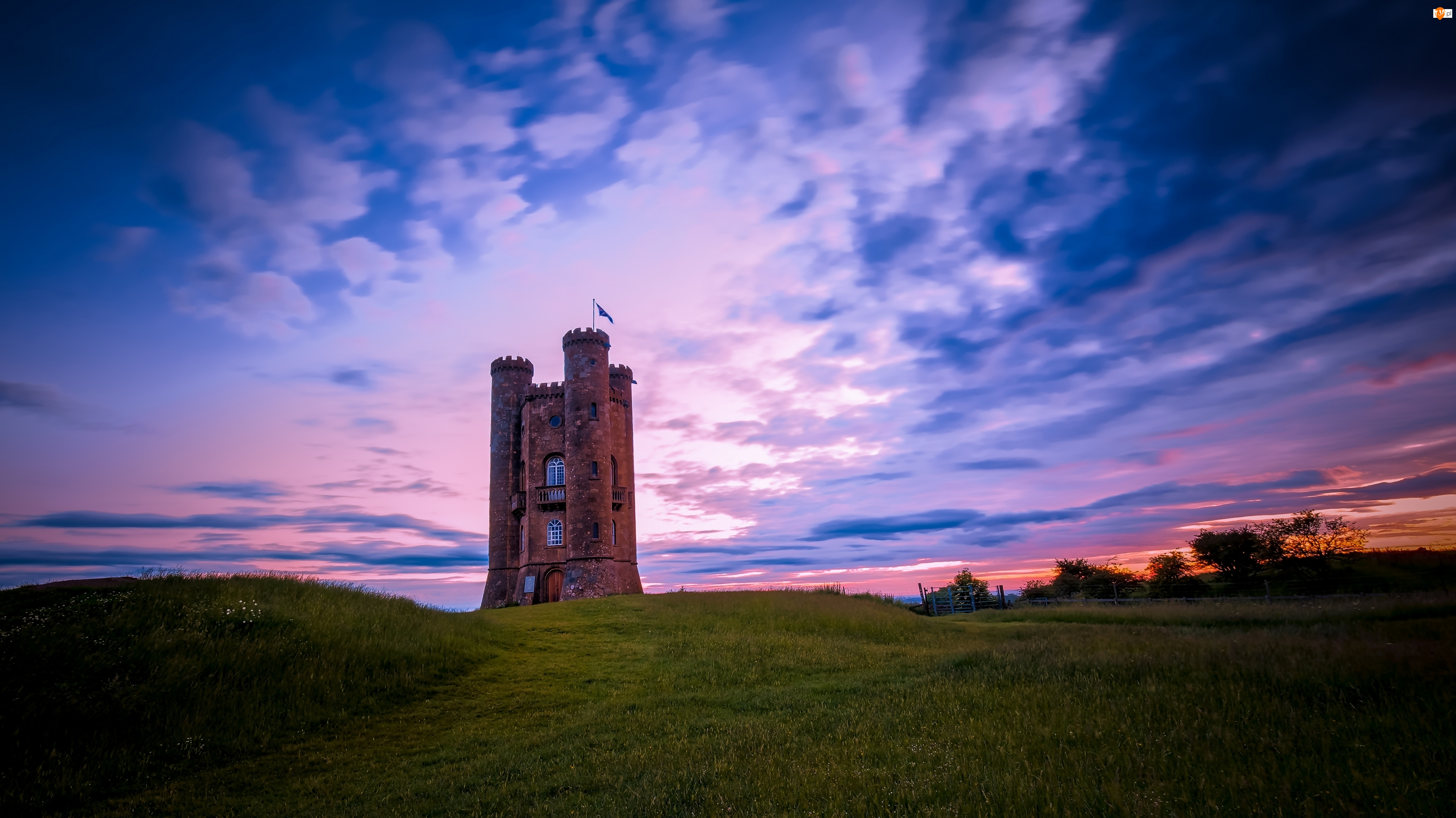 Anglia, Wschód słońca, Broadway Tower Country Wzgórza Cotswolds, Wieża
