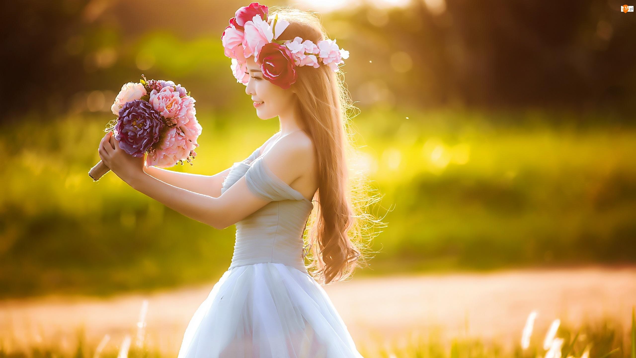 Bukiecik, Kobieta, Sukienka, Błękitna, Kwiatki