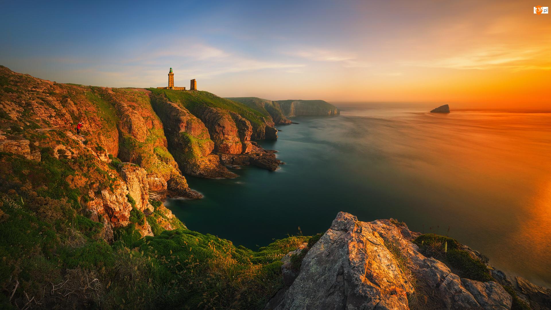 Skały, Kanał La Manche, Zachód Słońca, Bretania, Plévenon, Francja, Klif, Latarnia Morska Cap Fréhel, Wybrzeże