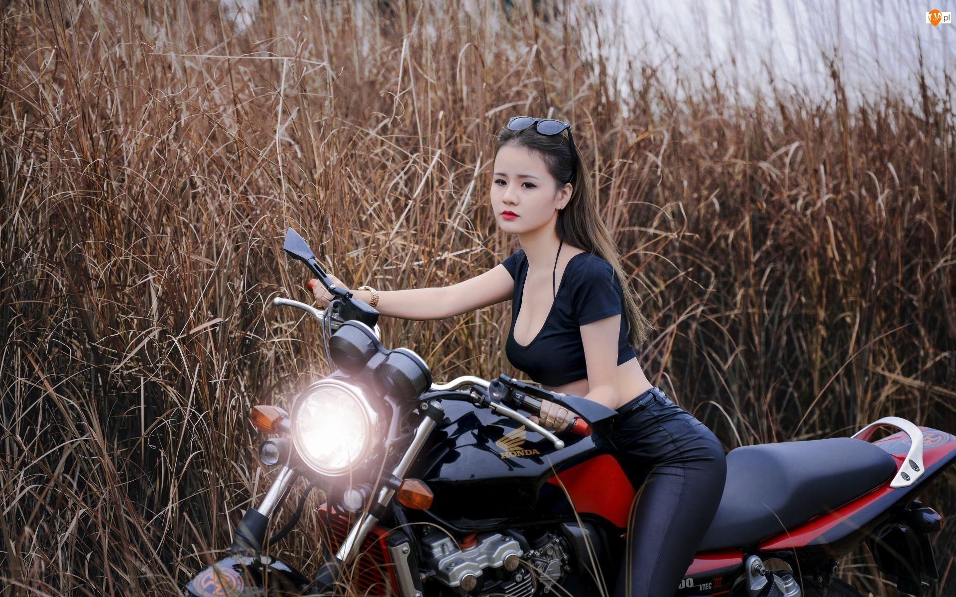 Motor Honda, Kobieta, Okulary, Azjatka, Trawy