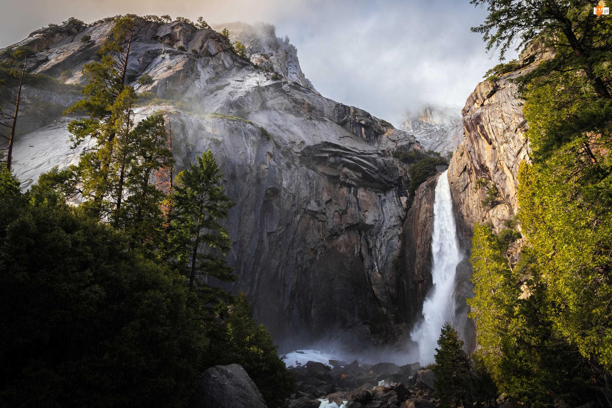 Góry, Stany Zjednoczone, Park Narodowy Yosemite, Stan Kalifornia, Wodospad Yosemite