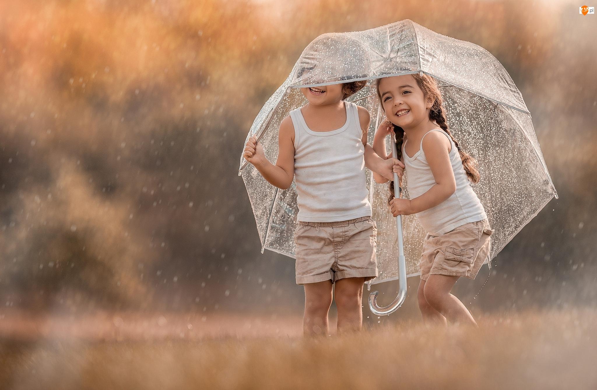 Parasolka, Dzieci, Deszcz