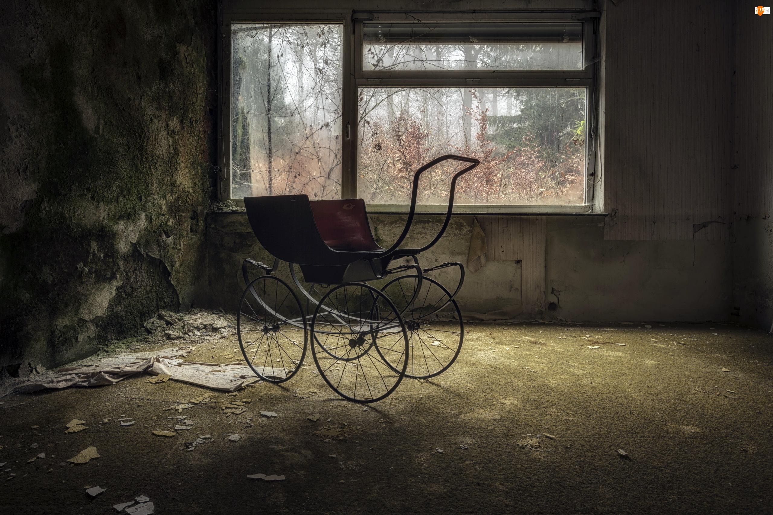 Zaniedbane, Wózek, Pomieszczenie, Okno
