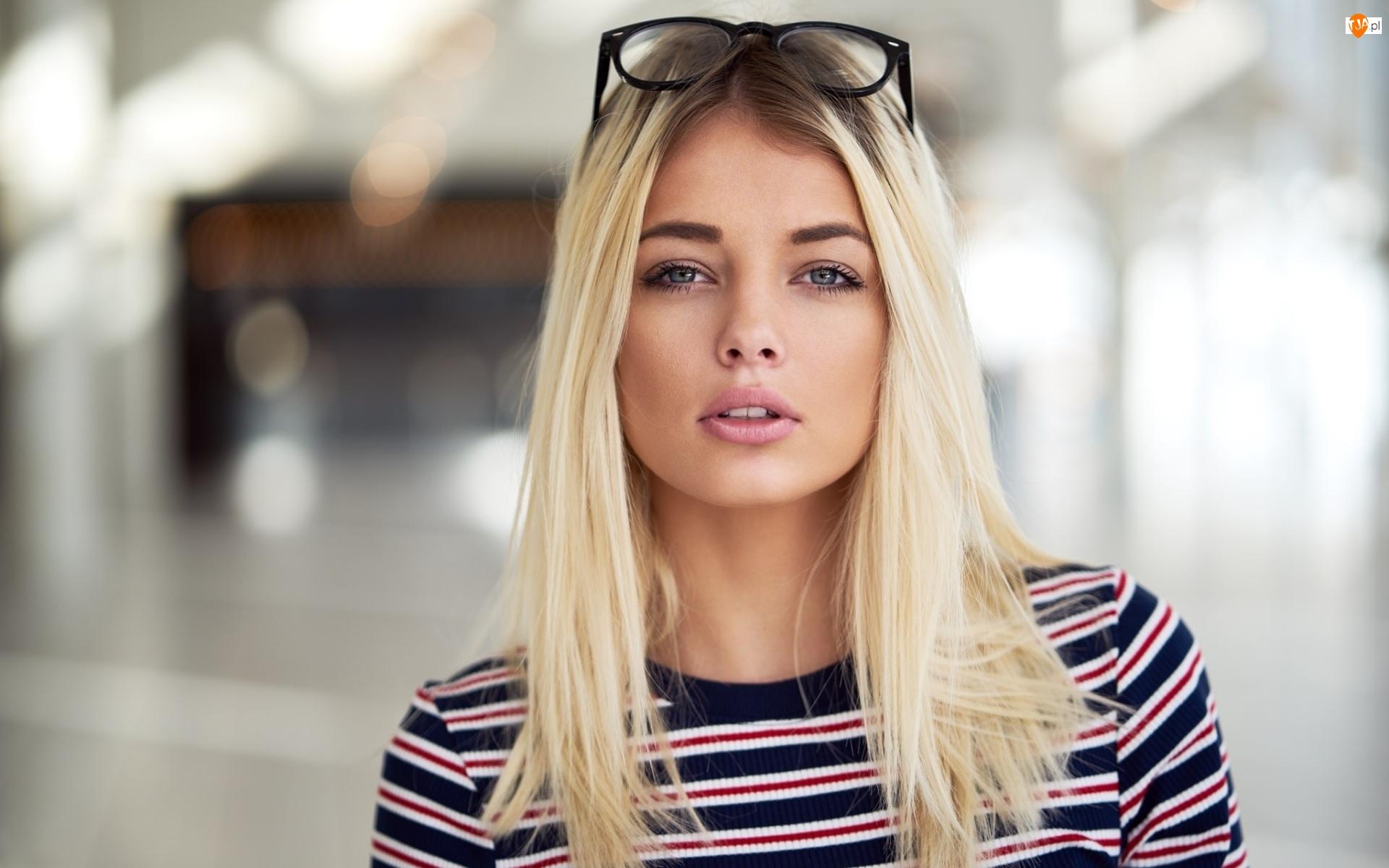 Fryzura dla blondyna