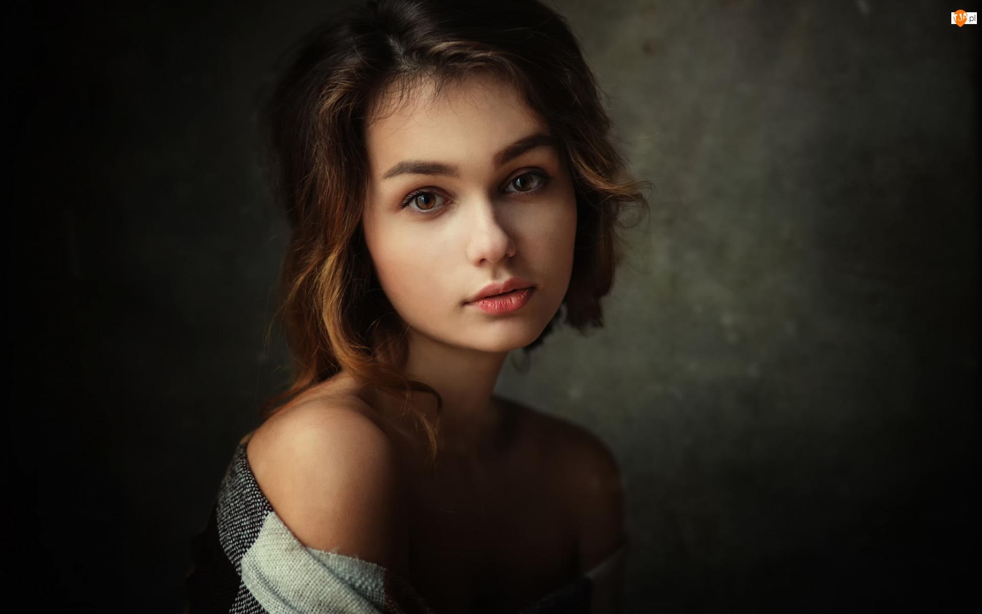 Zamyślona, Dziewczyna, Portret