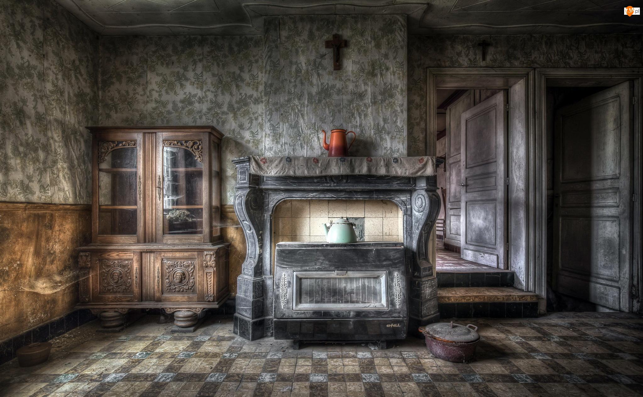 Zaniedbane, Kredens, Pomieszczenie, Kominek