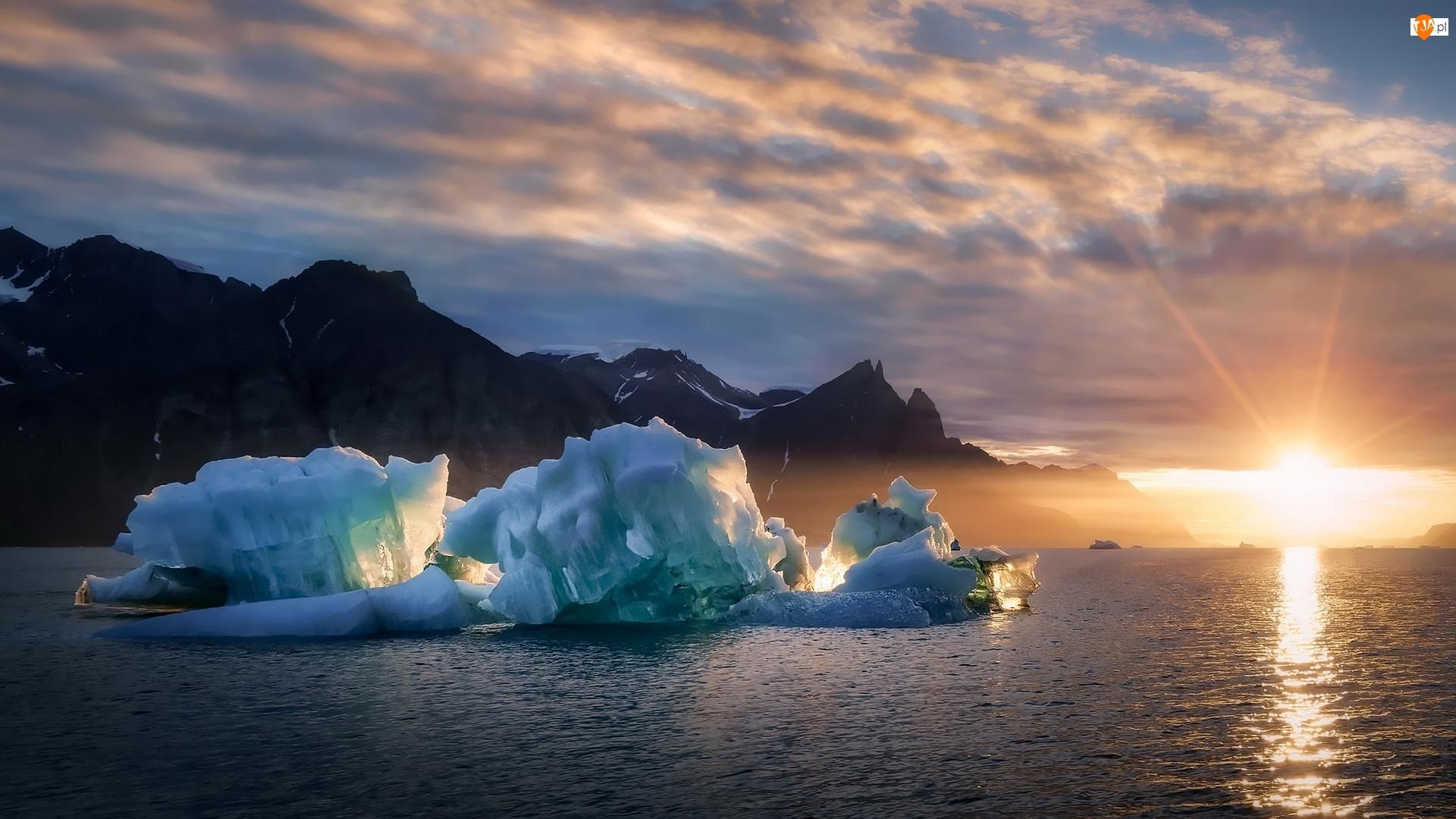 Lód, Grenlandia, Wschód Słońca, Fiord Kangertittivaq, Bryły