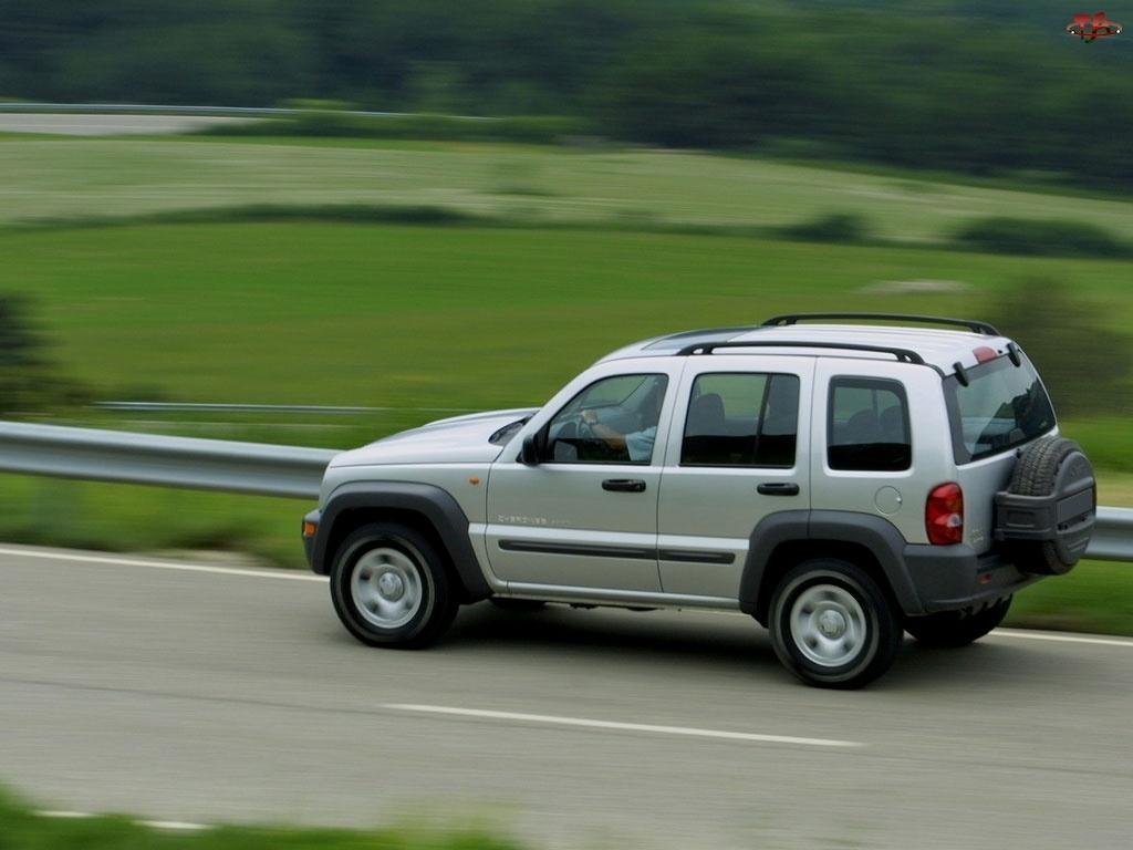 Srebrny, Jeep Liberty