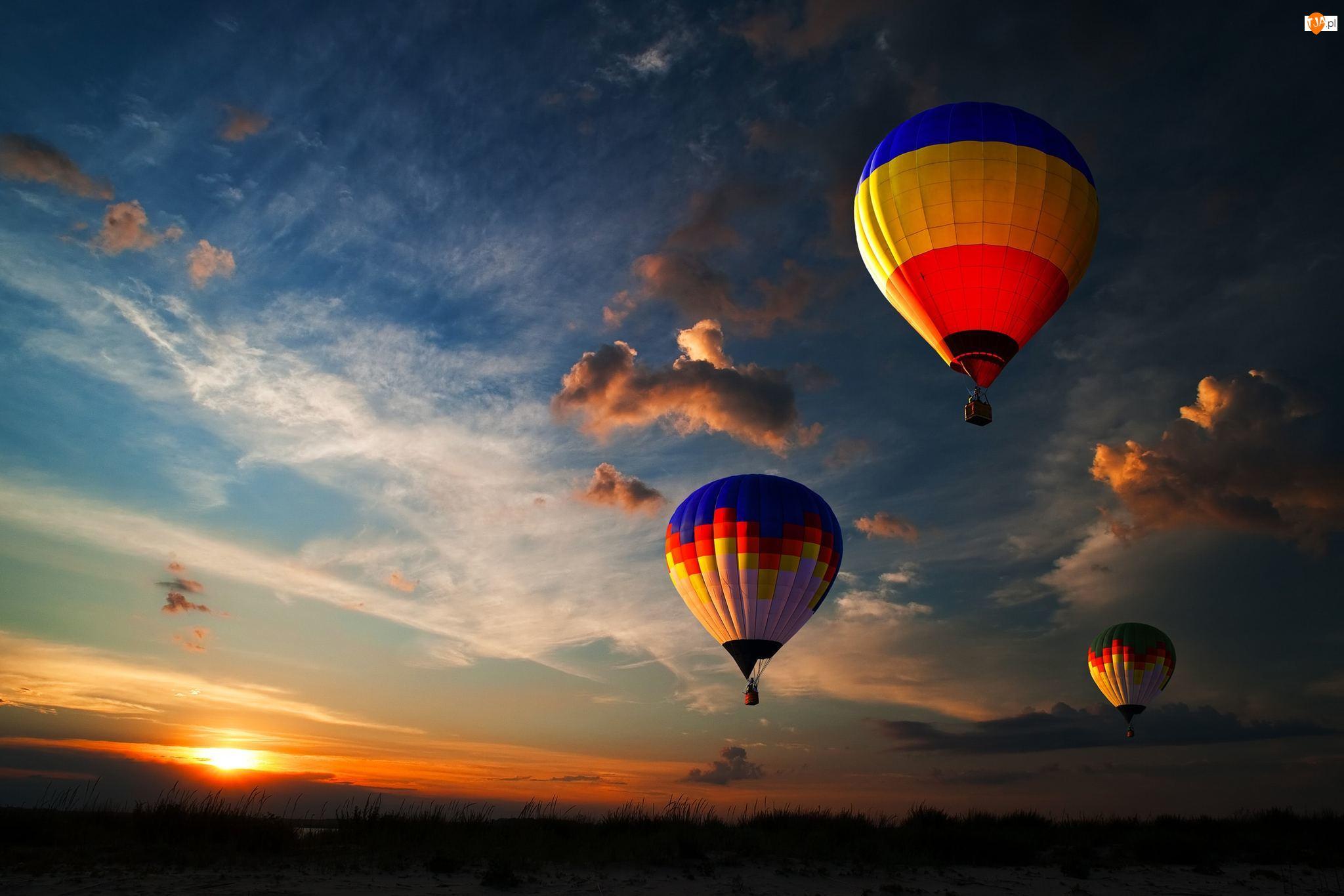 Chmury, Baloniarstwo, Zachód słońca, Balony, Niebo