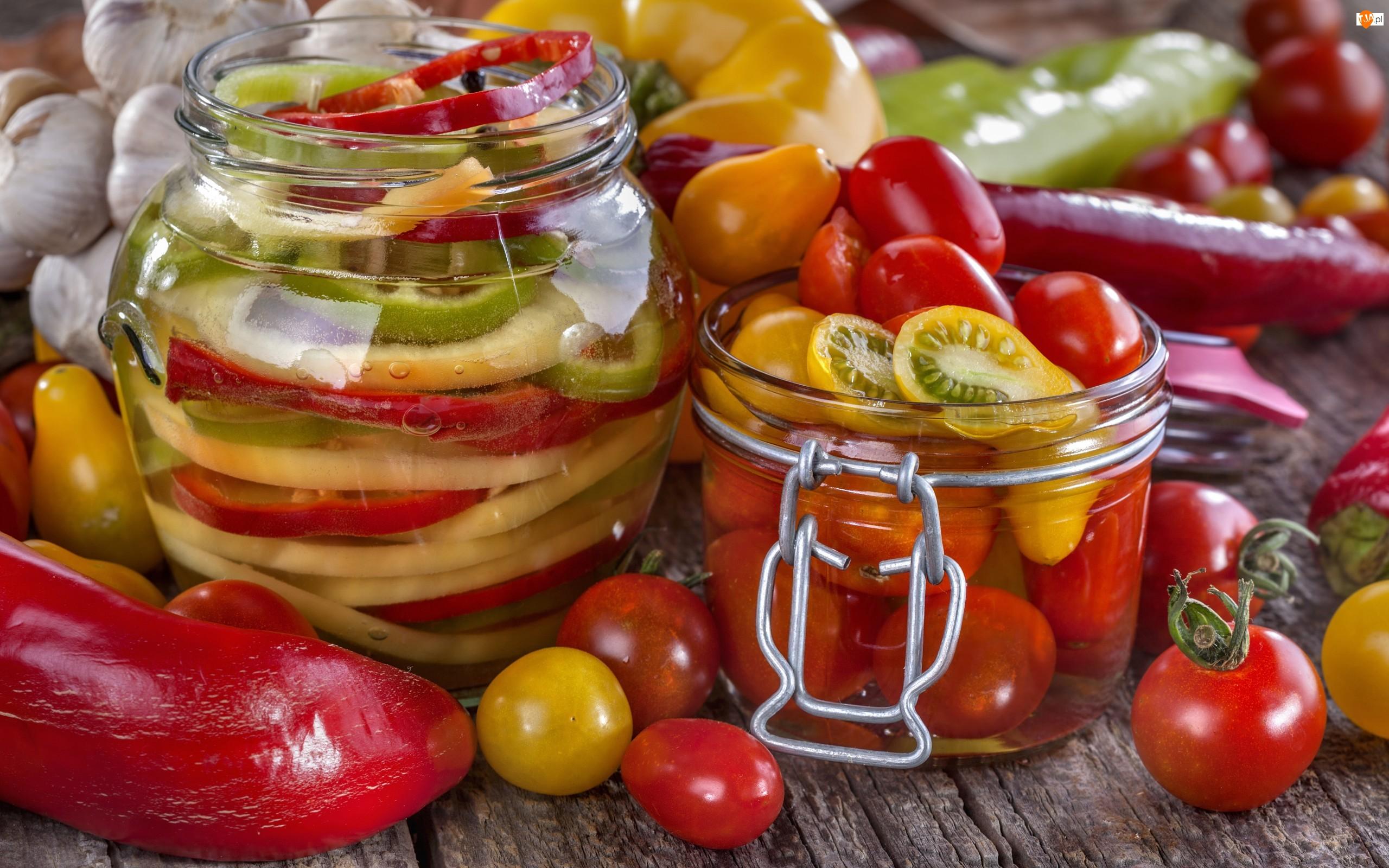 Słoiki, Papryka, Pomidory