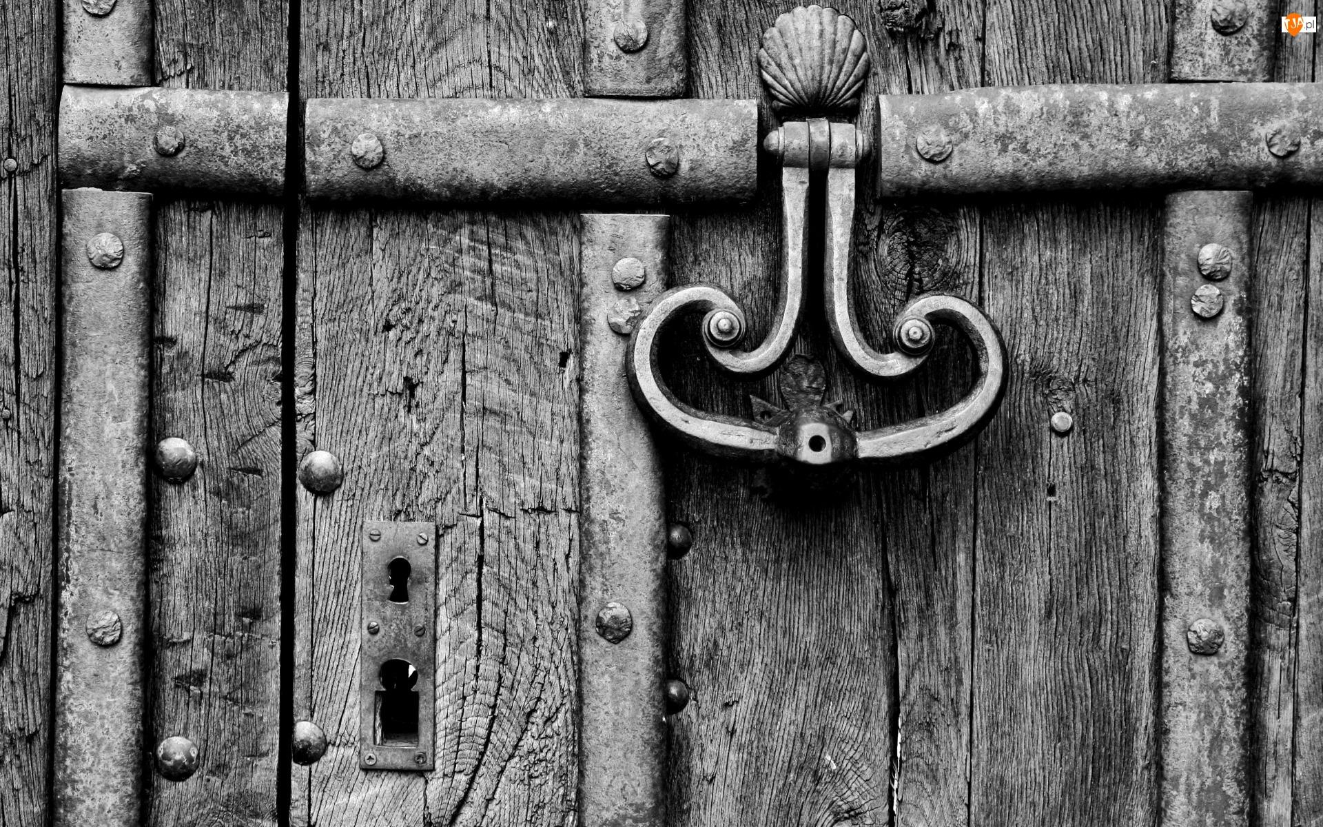 Kołatka, Drewniane, Drzwi