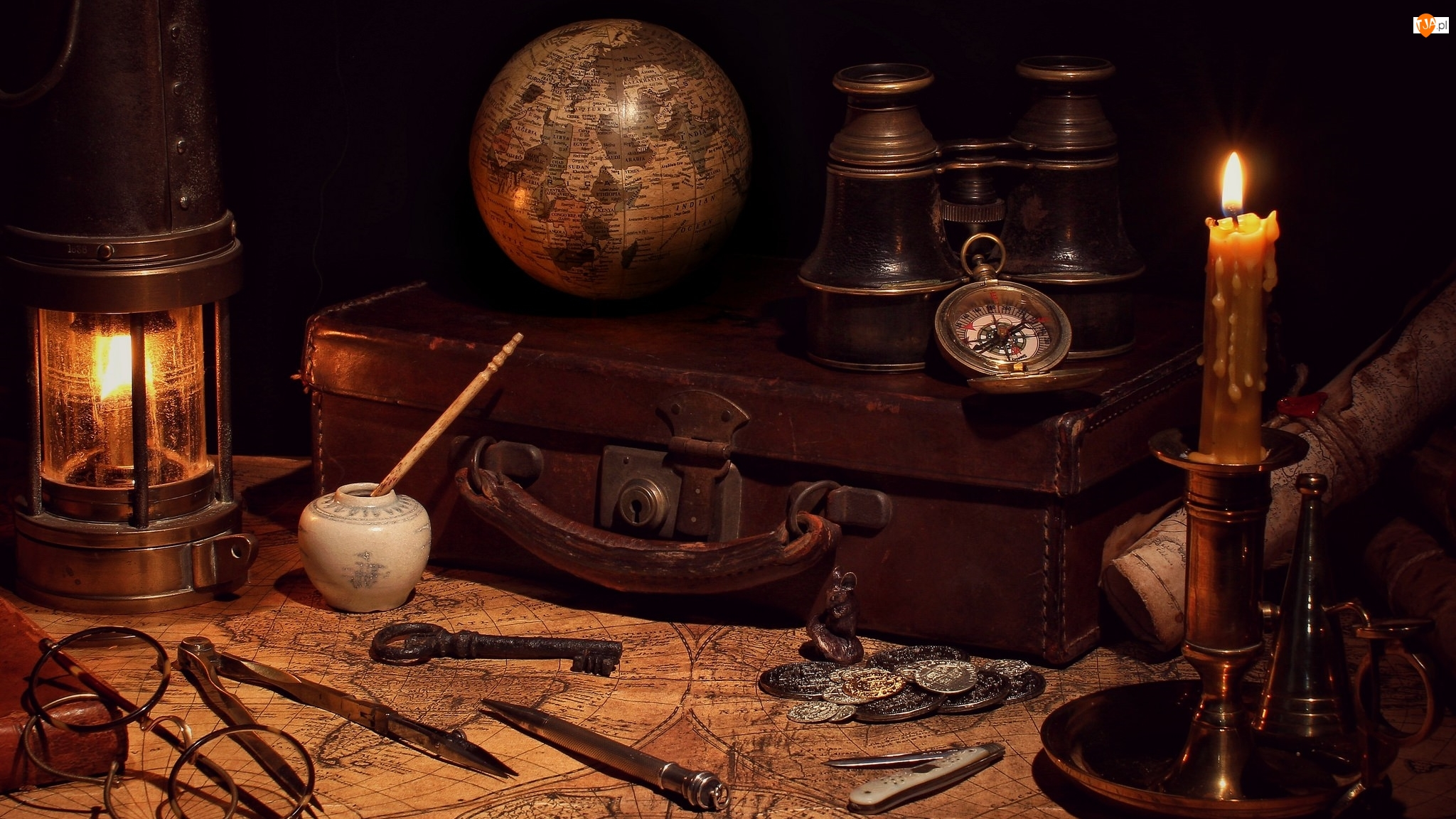 Lampion, Świeca, Kompas, Kompozycja, Globus, Lornetka, Walizka