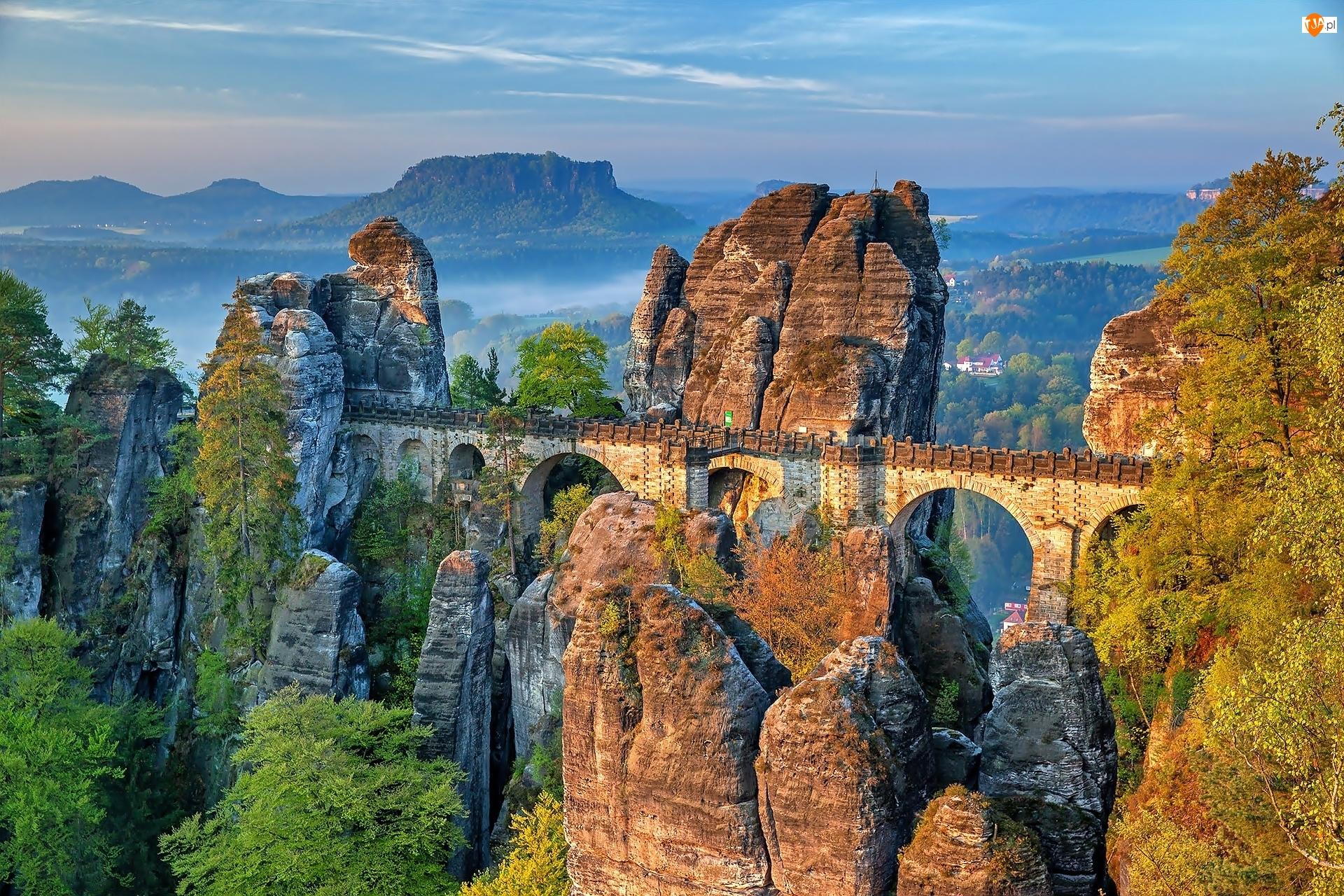 Park Narodowy Saskiej Szwajcarii, Formacja skalna Bastei, Skała, Niemcy, Góry Połabskie, Skały, Most
