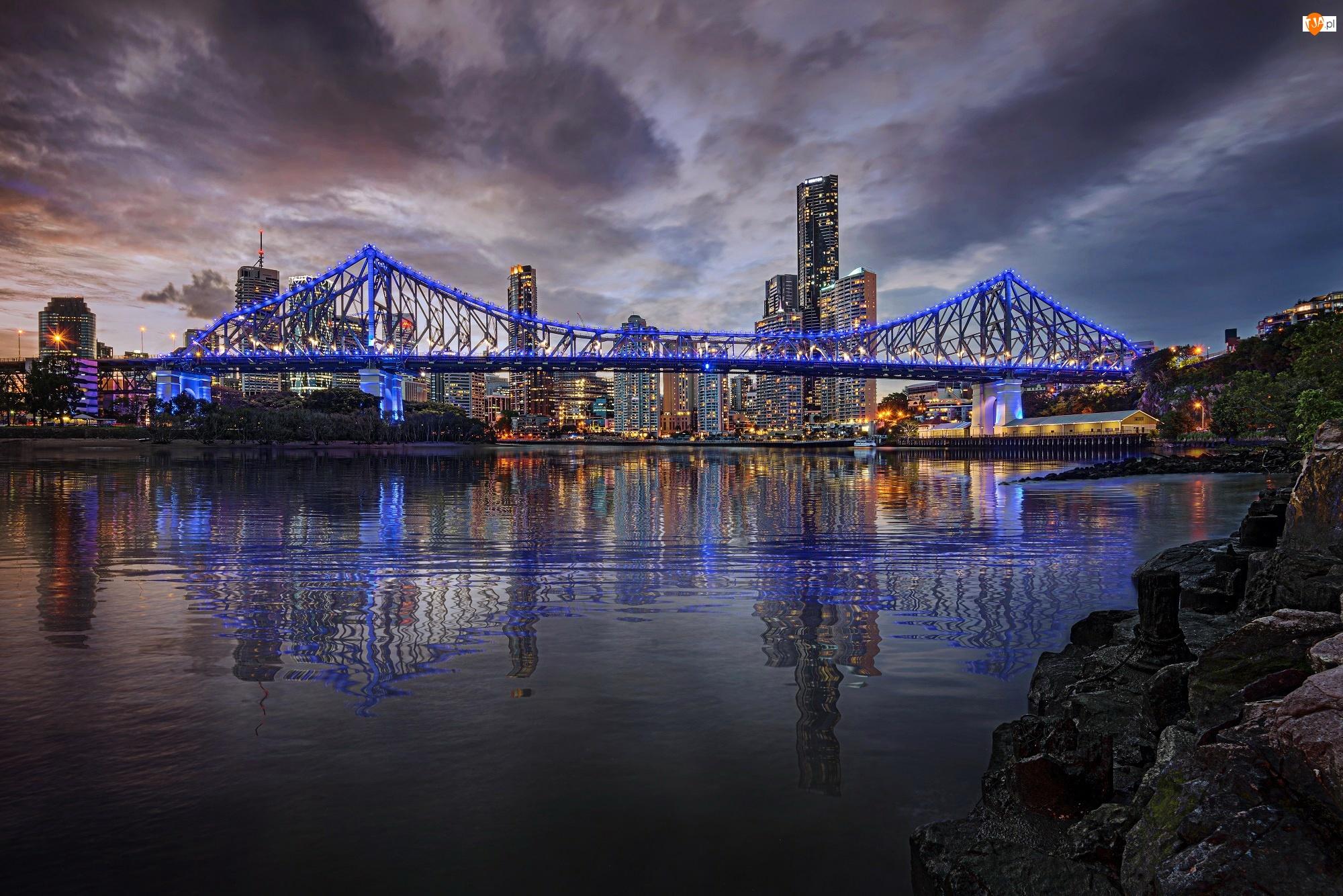 Rzeka, Australia, Oświetlony, Drapacze, Miasto, Most, Chmur, Nocą