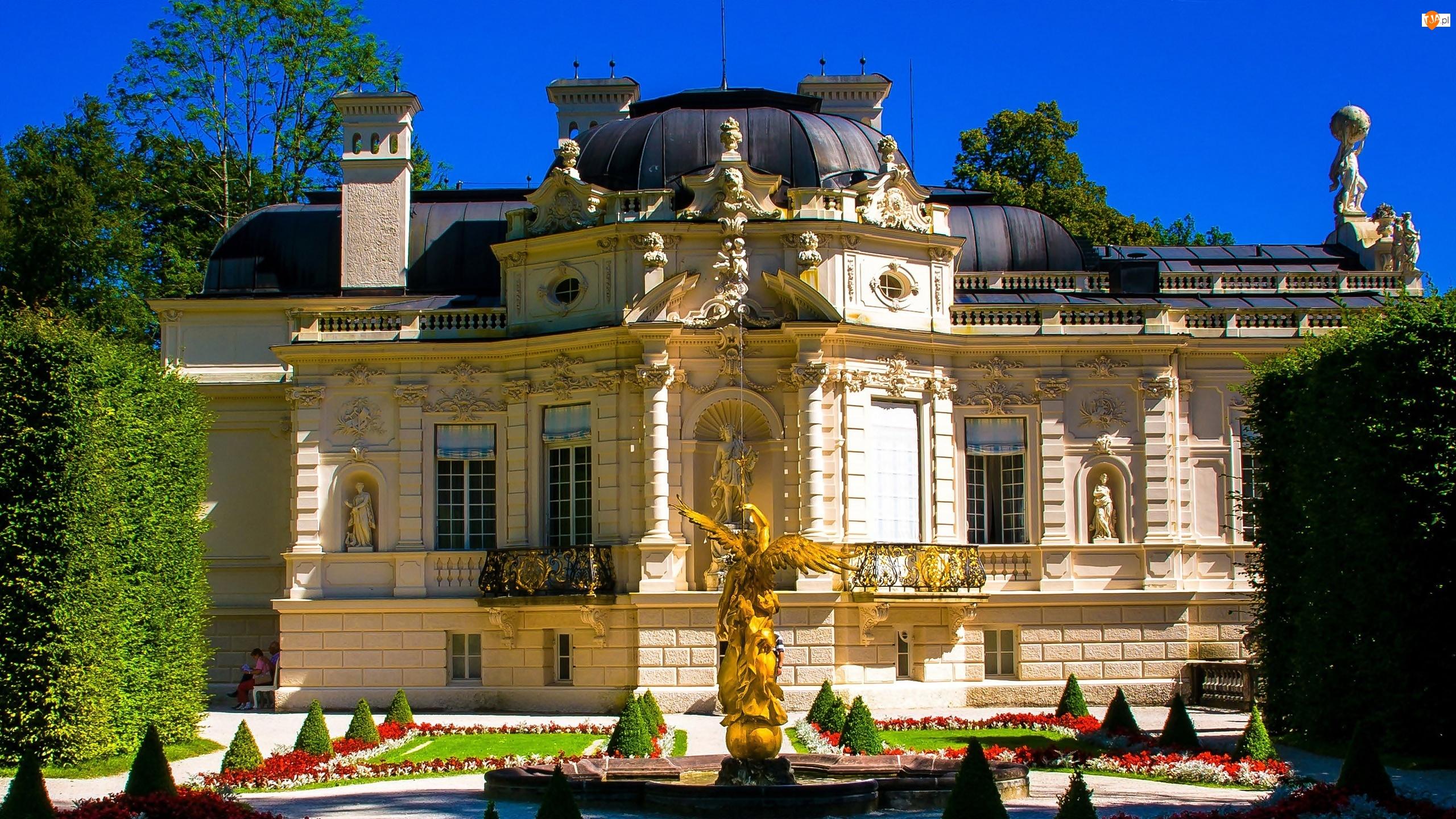 Pałac, Fontanna, Posąg