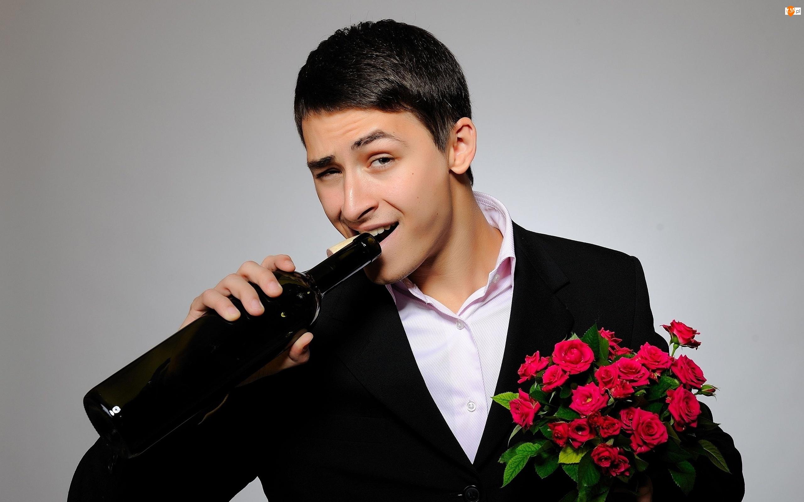 Butelka, Róż, Uśmiech, Mężczyzna, Bukiet