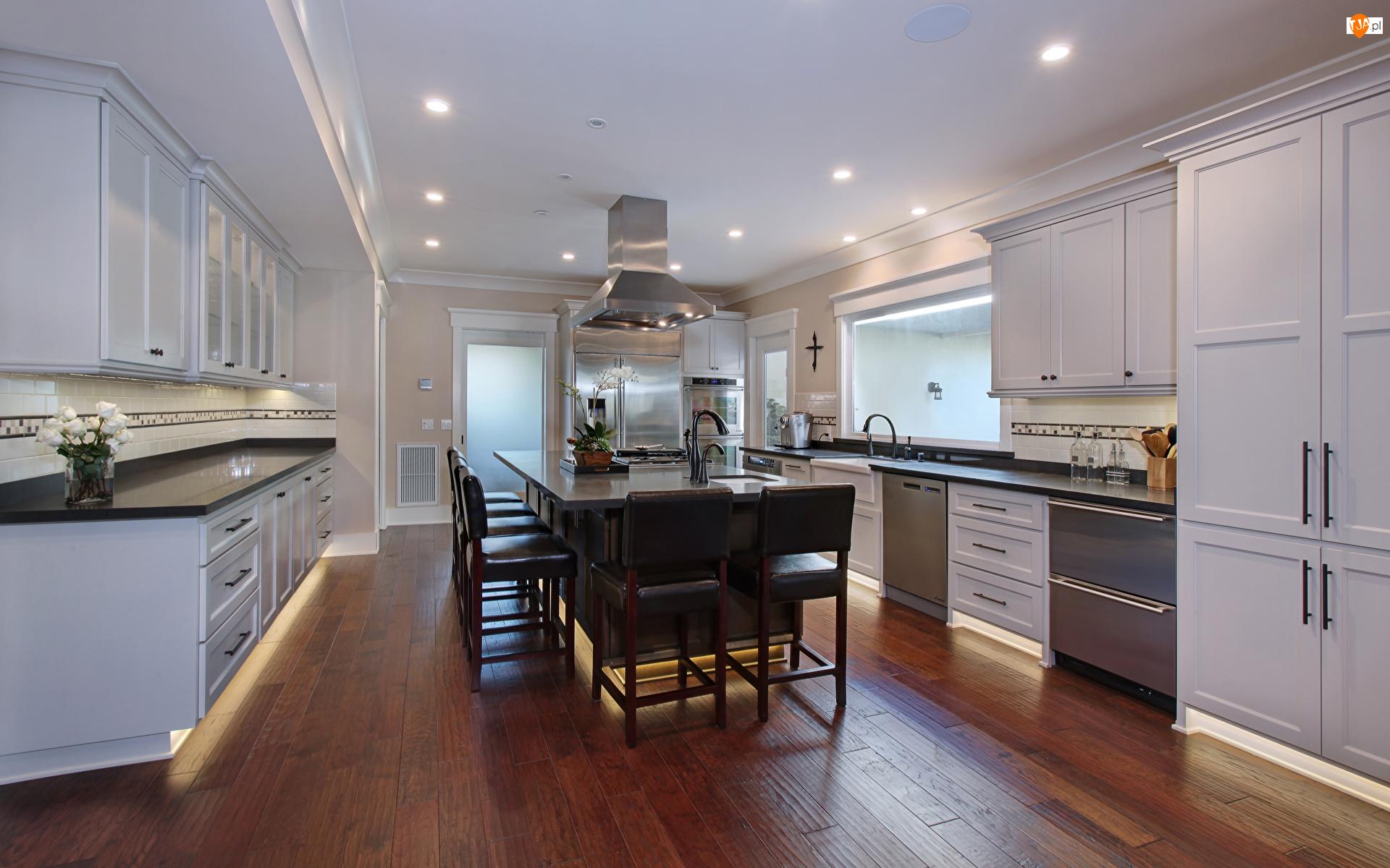 Białe, Kuchnia, Wyspa kuchenna, Okno, Meble, Krzesła