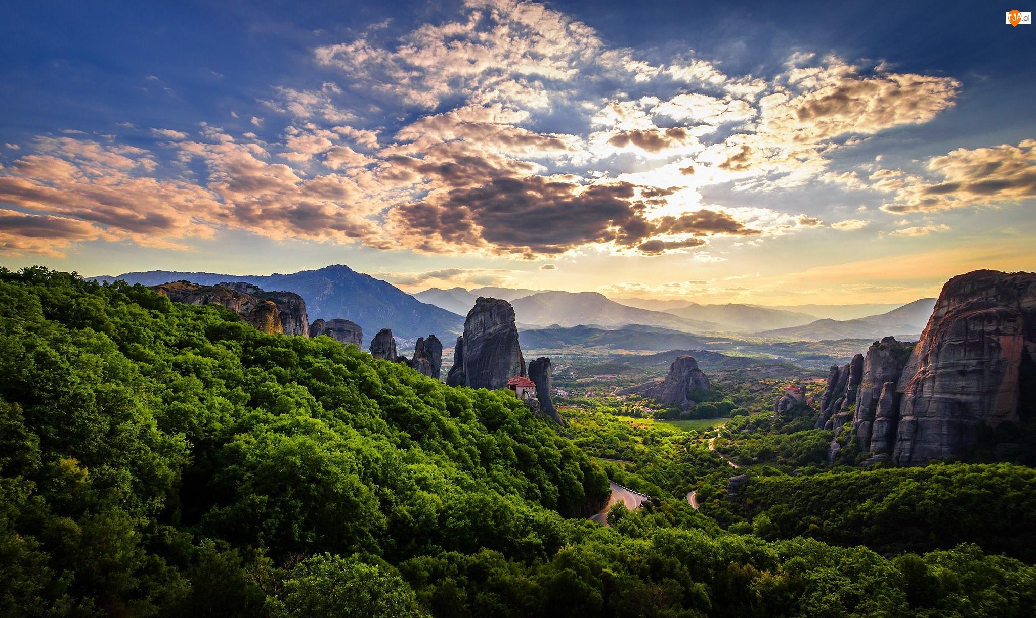 Klasztory, Grecja, Tesalia, Droga, Masyw Meteory, Równina Tesalska, Drzewa, Skały