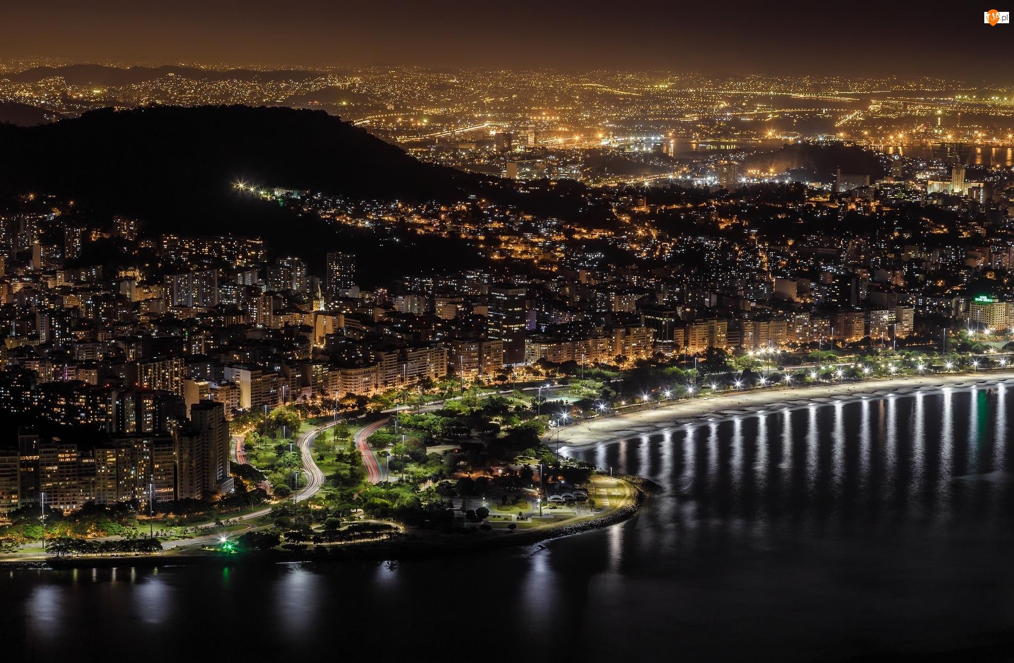 Miasto nocą, Brazylia, Rio de Janerio