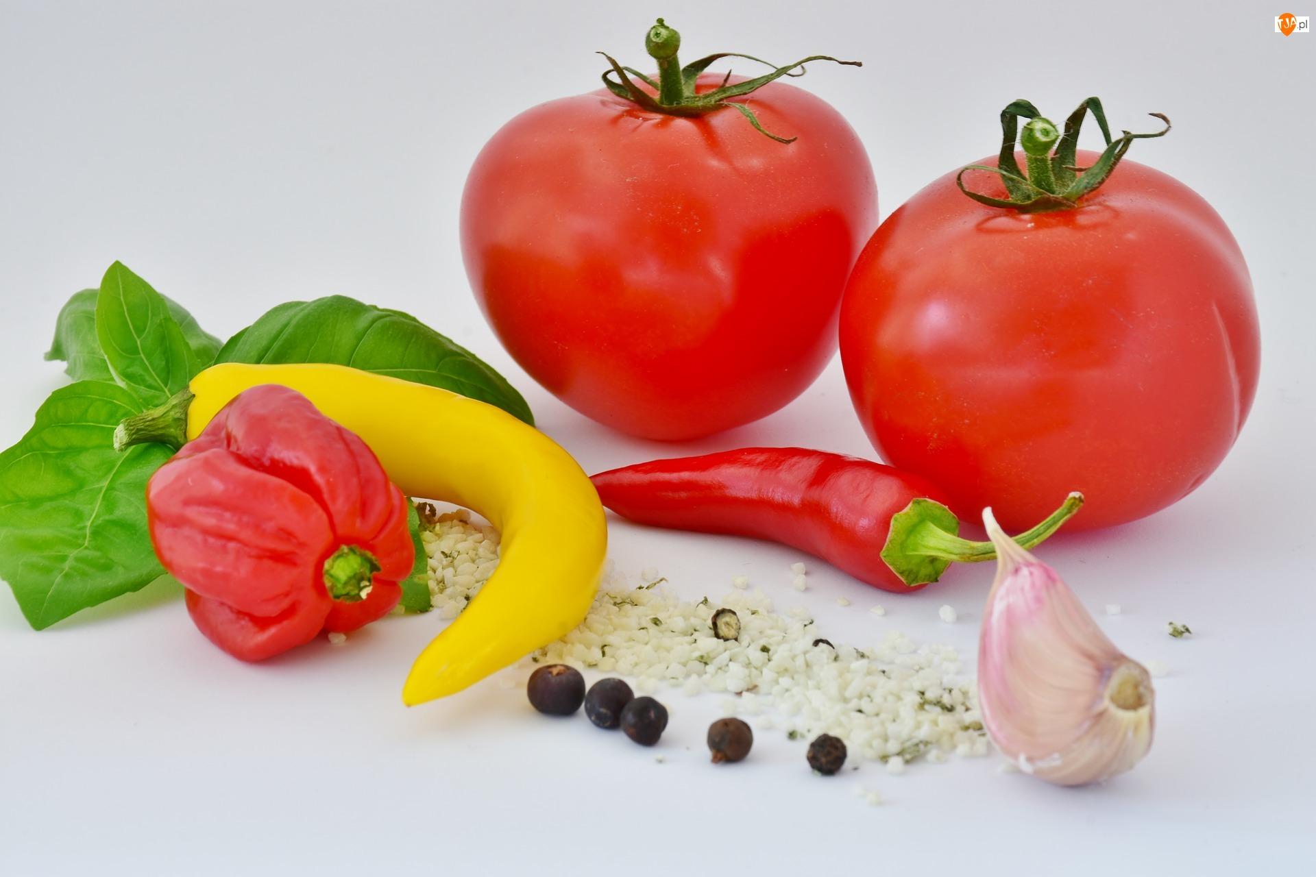 Czosnek, Papryka chili, Pomidory
