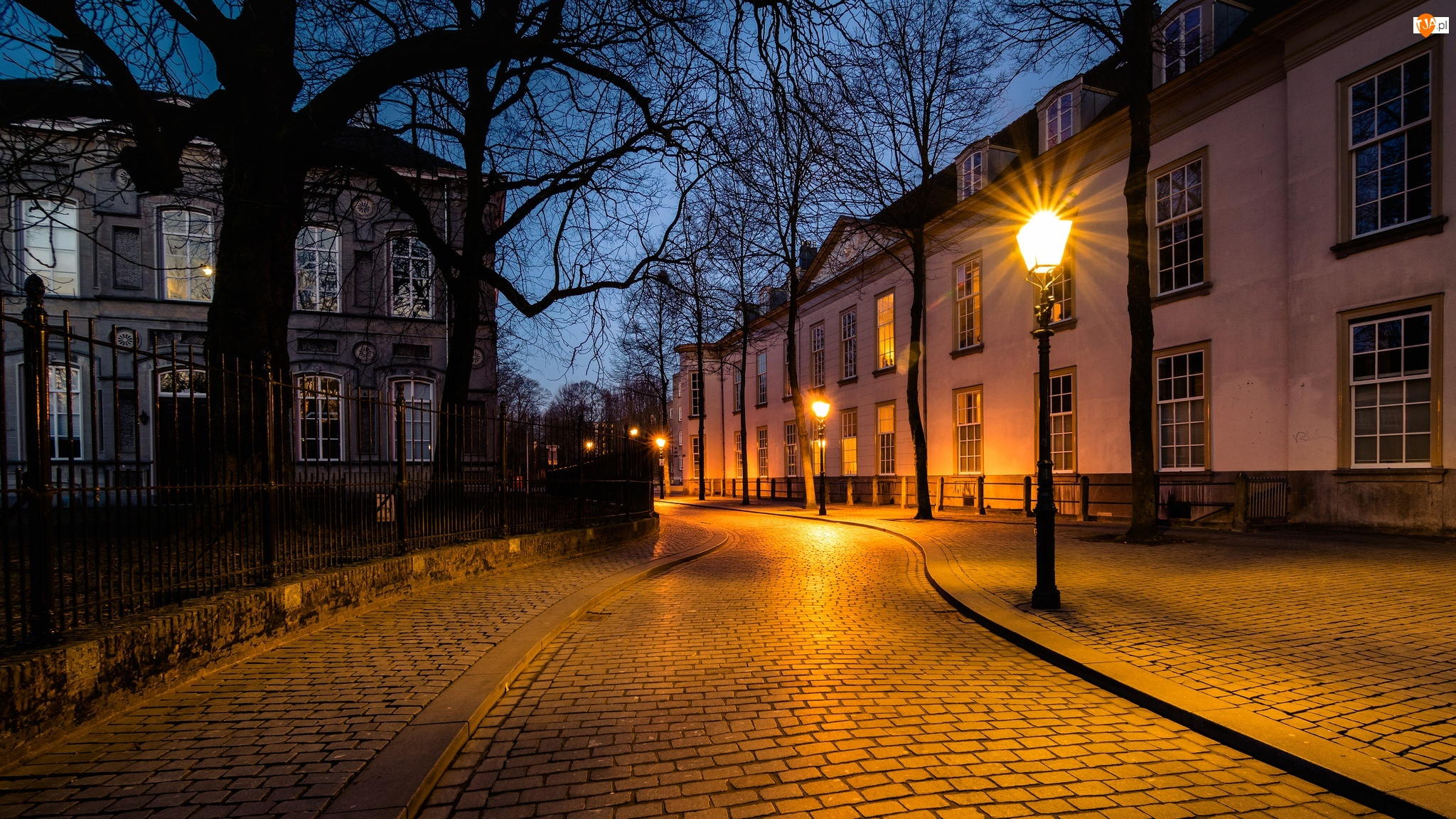 Latarnie, Holandia, Domy, Ulica, Miasto Breda