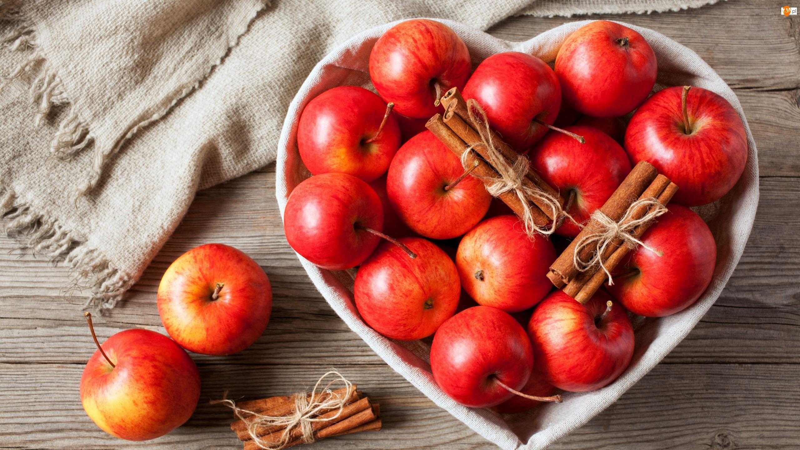 Serce, Jabłka, Cynamon