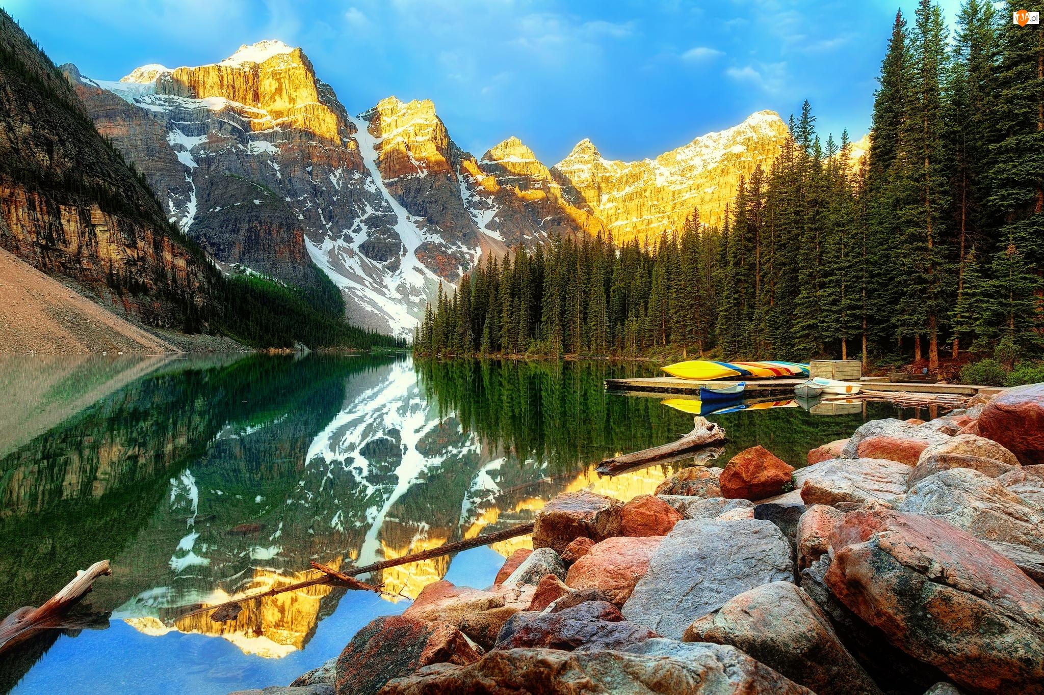 Odbicie, Prowincja Alberta, Kamienie, Jezioro Moraine, Dolina Dziesięciu Szczytów, Park Narodowy Banff, Góry, Kanada, Las