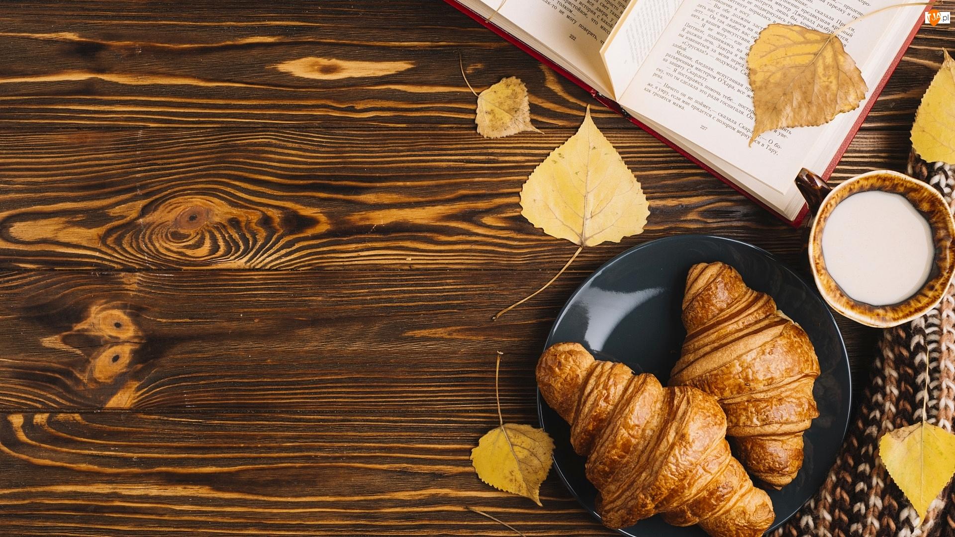 Deski, Croissanty, Książka, Szalik, Liście, Kubek, Mleka, Rogaliki, Talerz