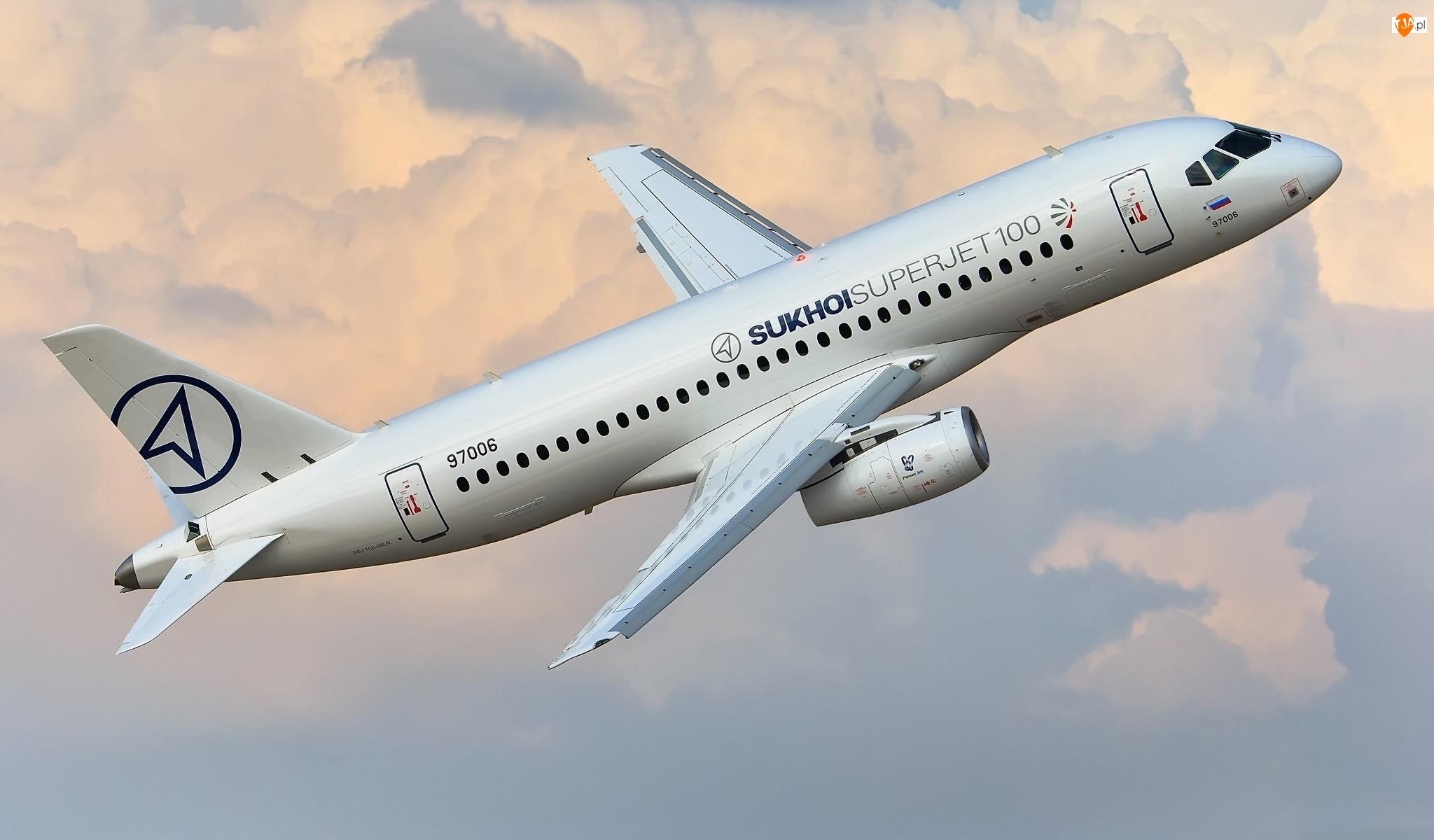 Suchoj Superjet 100, Samolot pasażerski