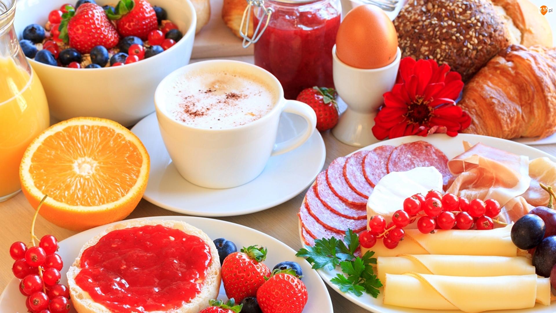 Talerze, Dżem, Sok, Jajko, Kawa, Śniadanie, Wędlina, Ser, Owoce, Pieczywo