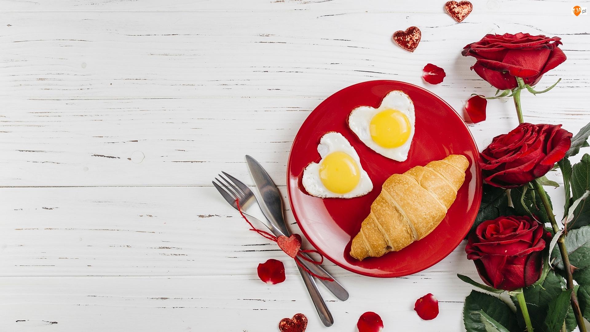 Serduszka, Śniadanie, Jajka, Róże, Walentynki, Sadzone, Talerzyk, Croissant