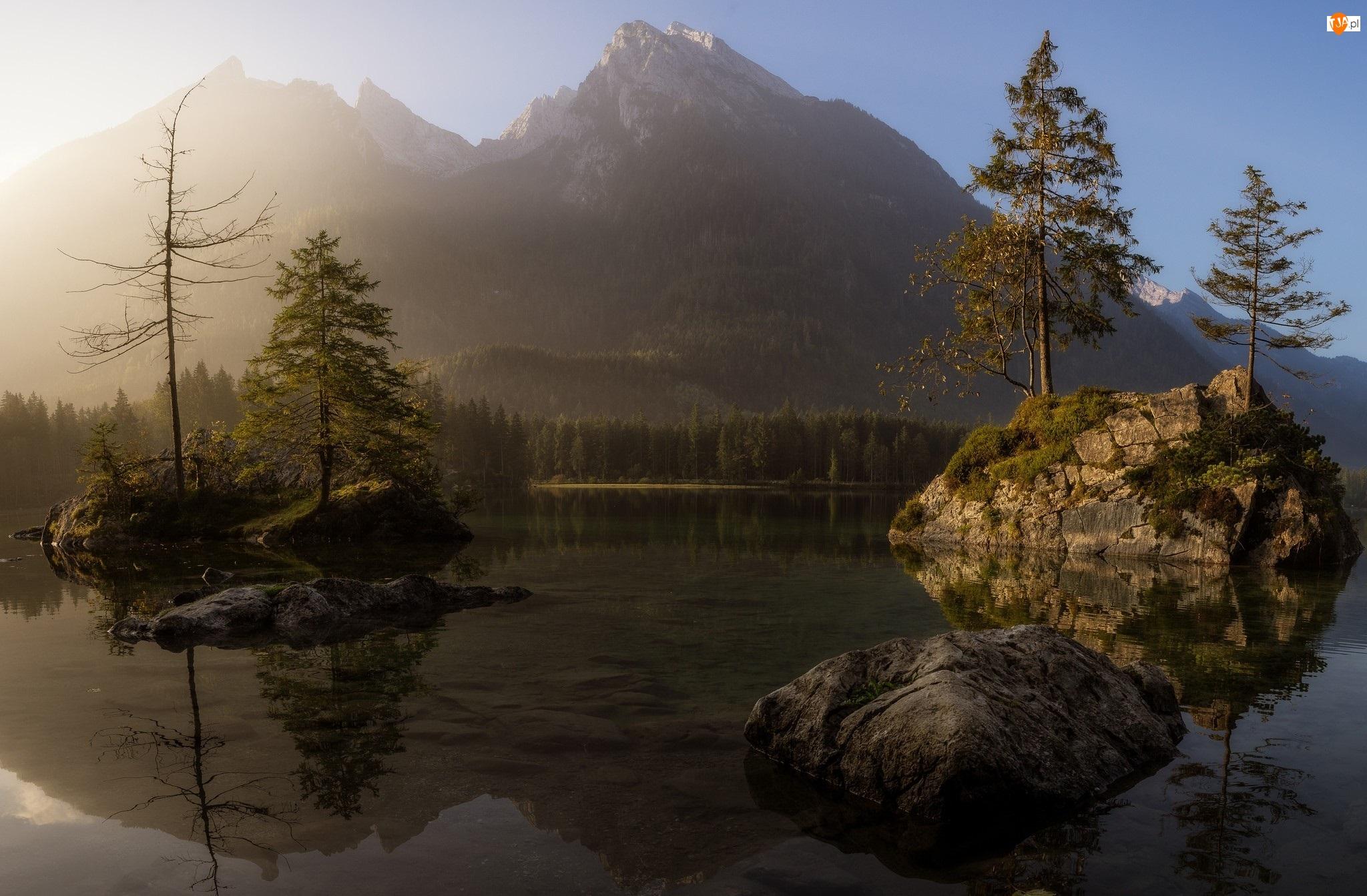 Skały, Jezioro Hintersee, Niemcy, Góry Alpy, Bawaria, Mgła, Drzewa