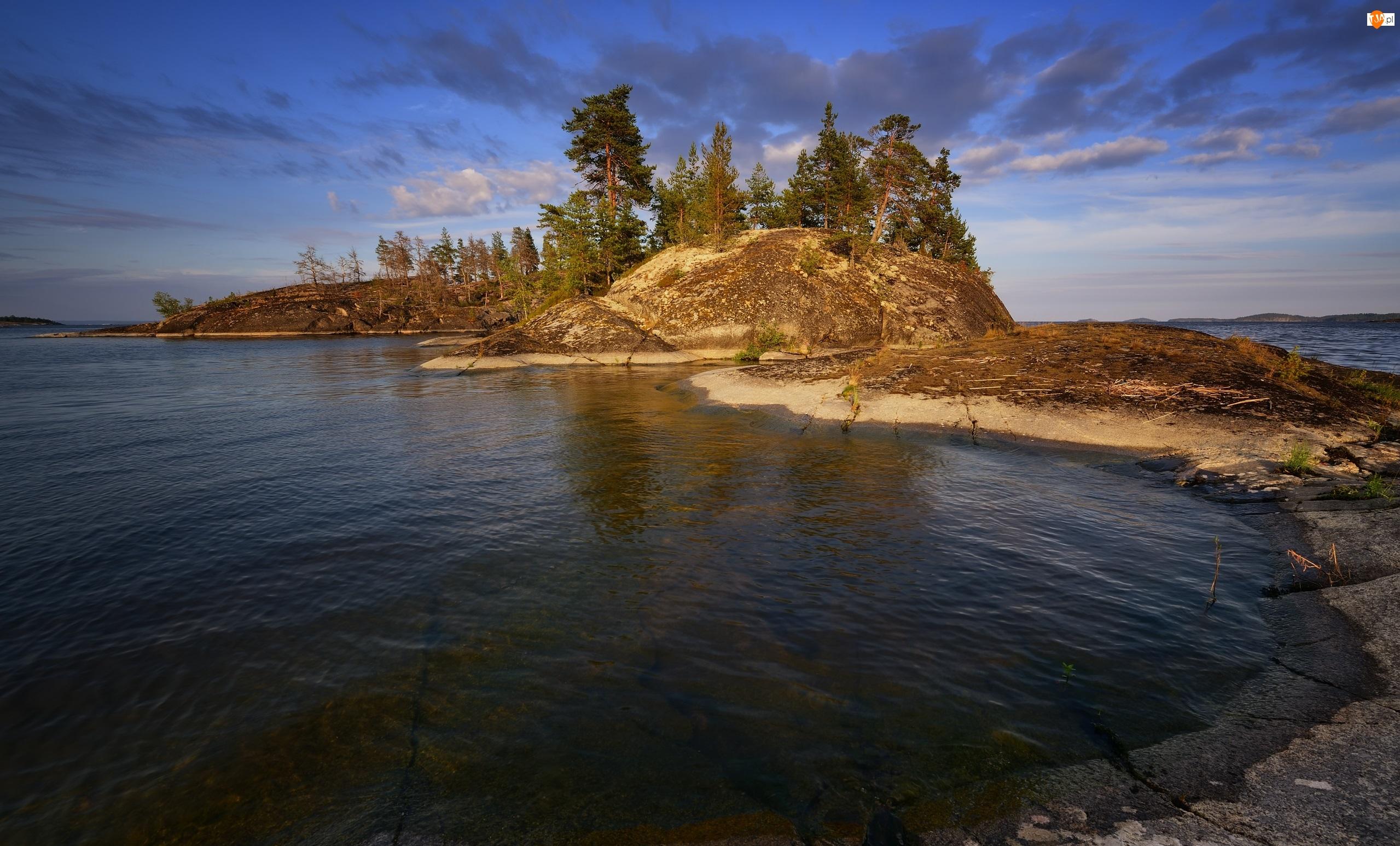 Wysepka, Jezioro Ładoga, Drzewa, Rosja, Skały, Karelia