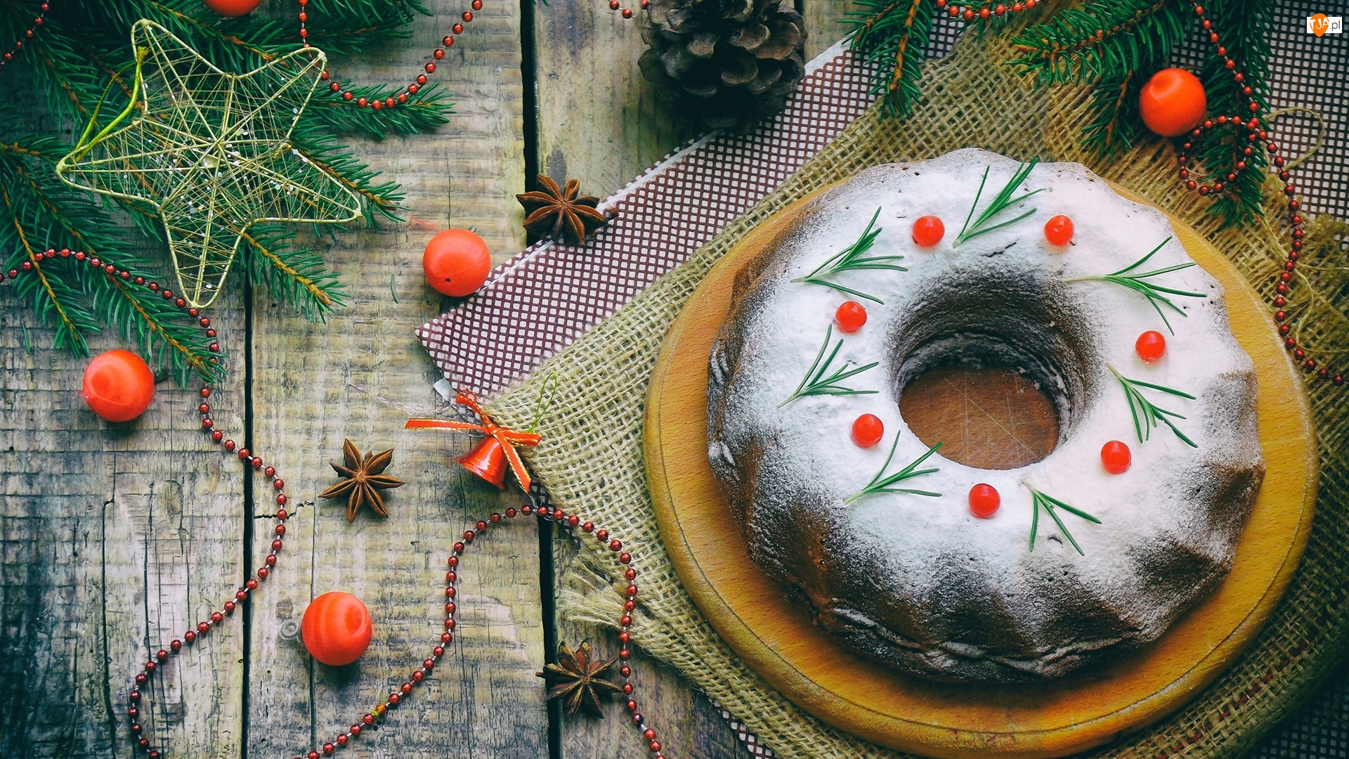 Gwiazdka, Boże Narodzenie, Bombki, Ciasto, Koraliki