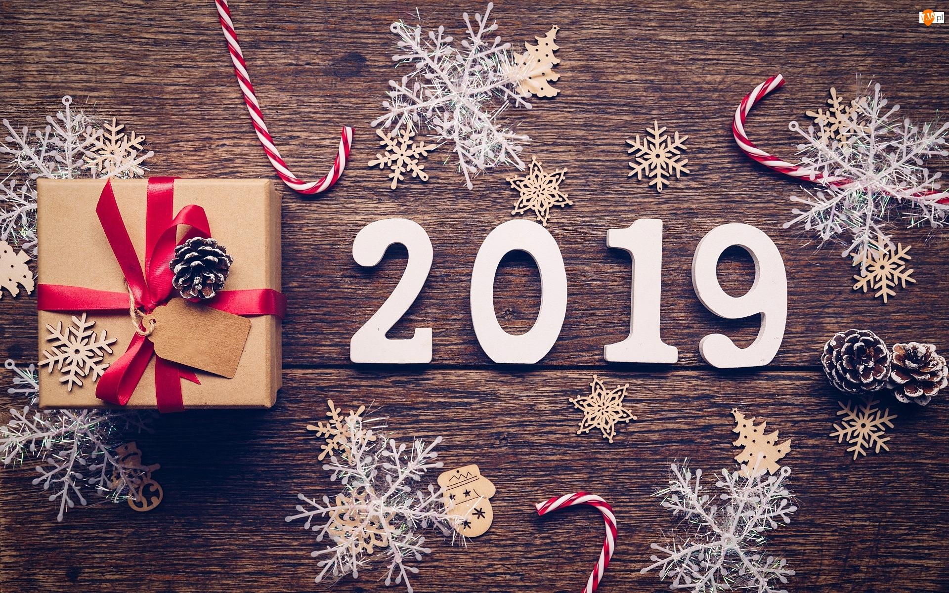 Drewno, 2019, Śnieżynki, Lizaki, Szyszki, Nowy Rok, Prezent, Napis, Ozdoby
