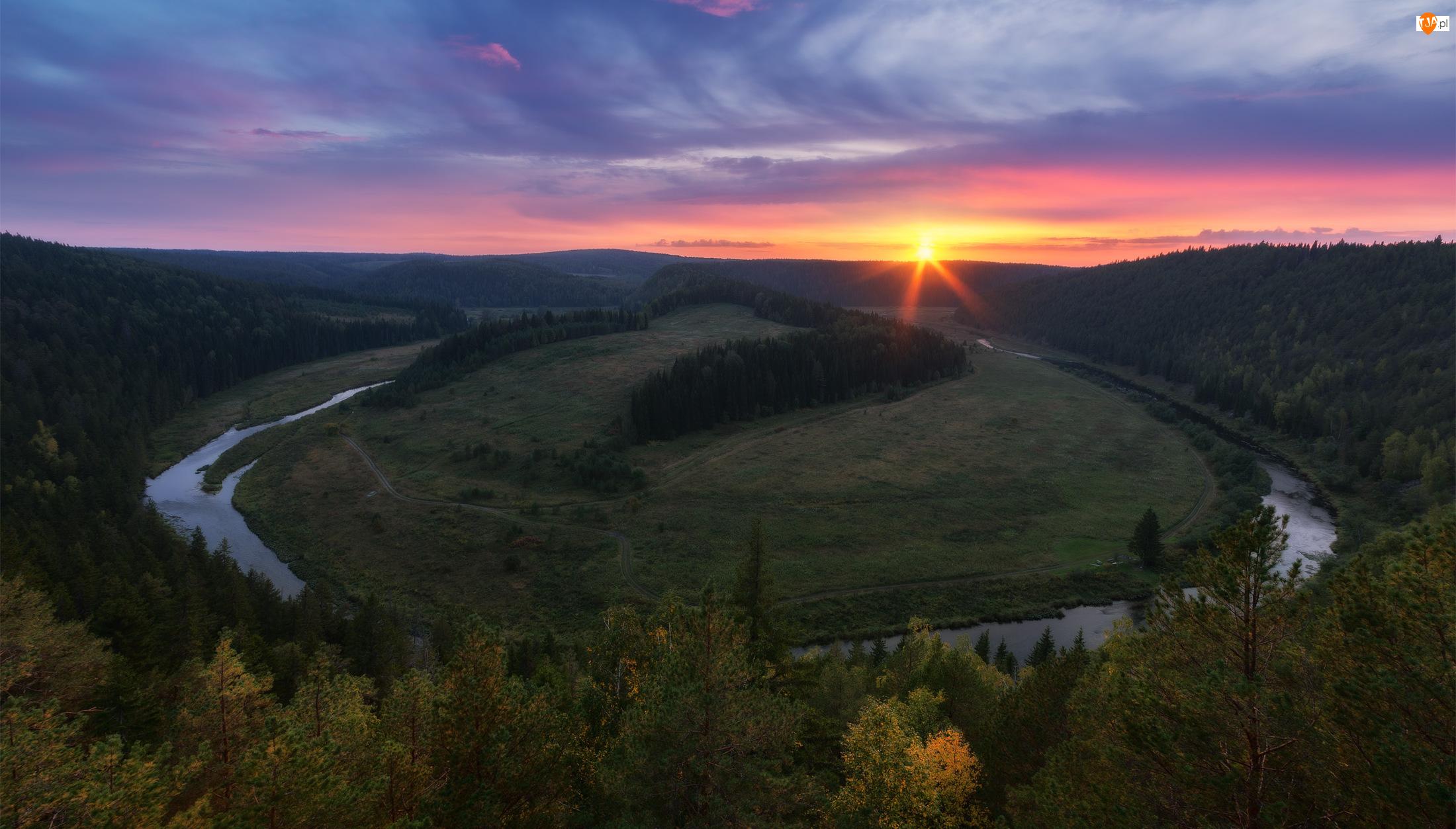 Zakole, Wzgórza, Rzeka, Zachód słońca, Meander, Drzewa