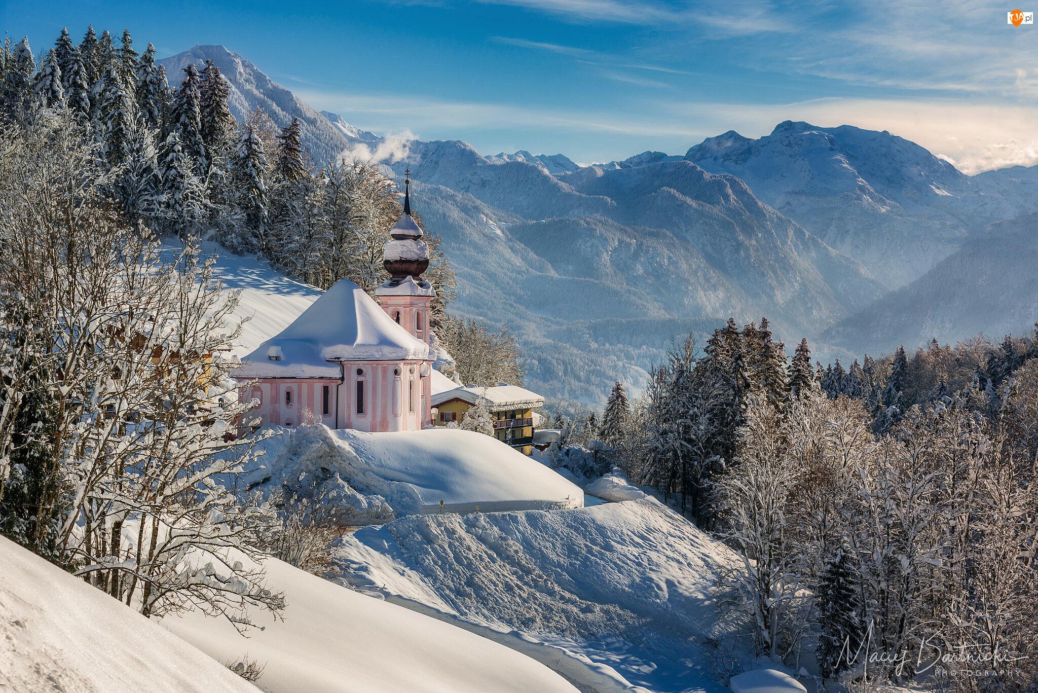 Niemcy, Alpy Salzburskie, Bawaria, Sanktuarium Maria Gern, Berchtesgaden, Kościół, Drzewa, Góry, Zima