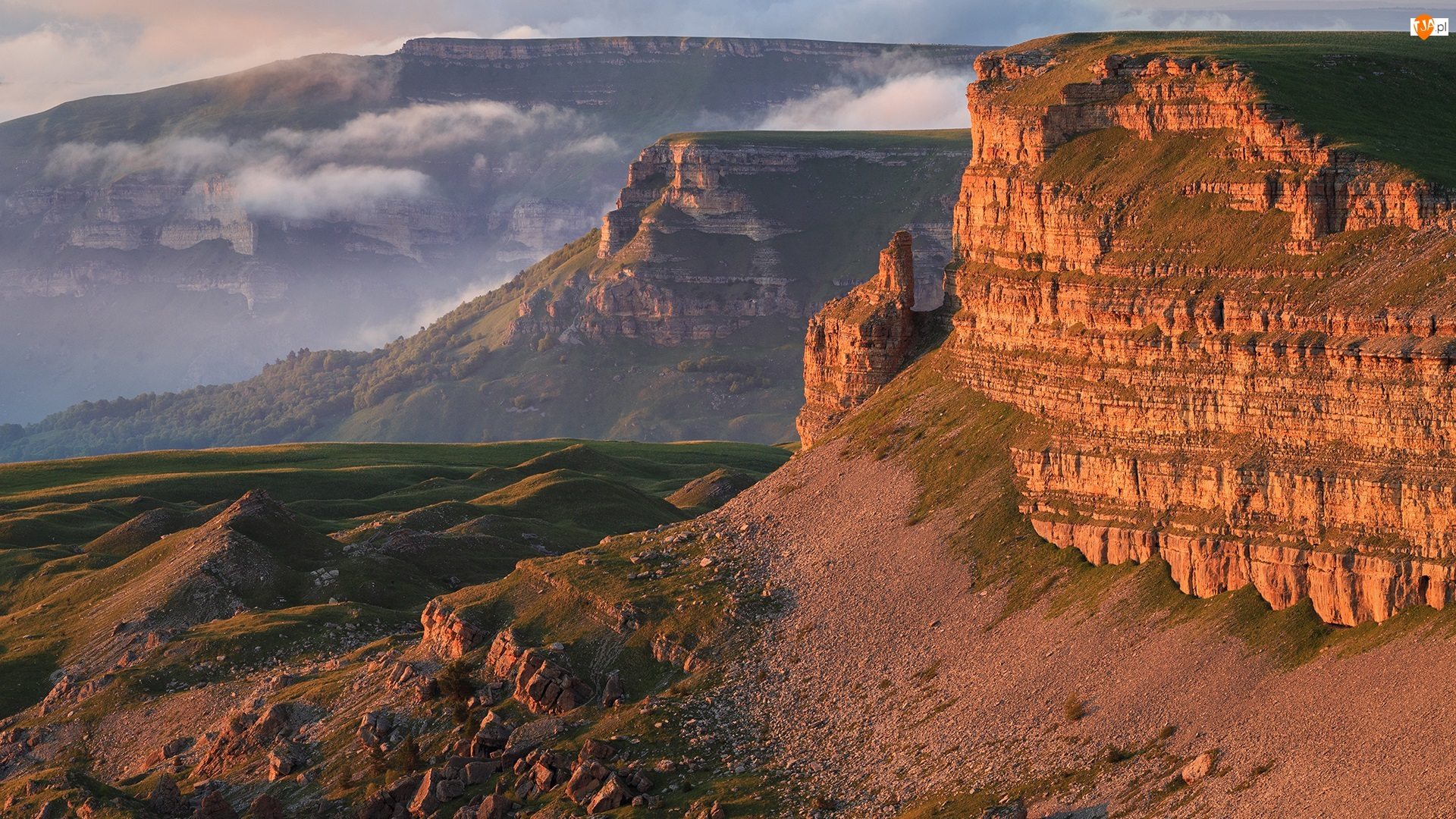 Góry, Pasmo Wielki Kaukaz, Rosja, Kaukaz, Republika Karaczajo-Czerkiesja, Urwiska, Płaskowyż Bermamyt