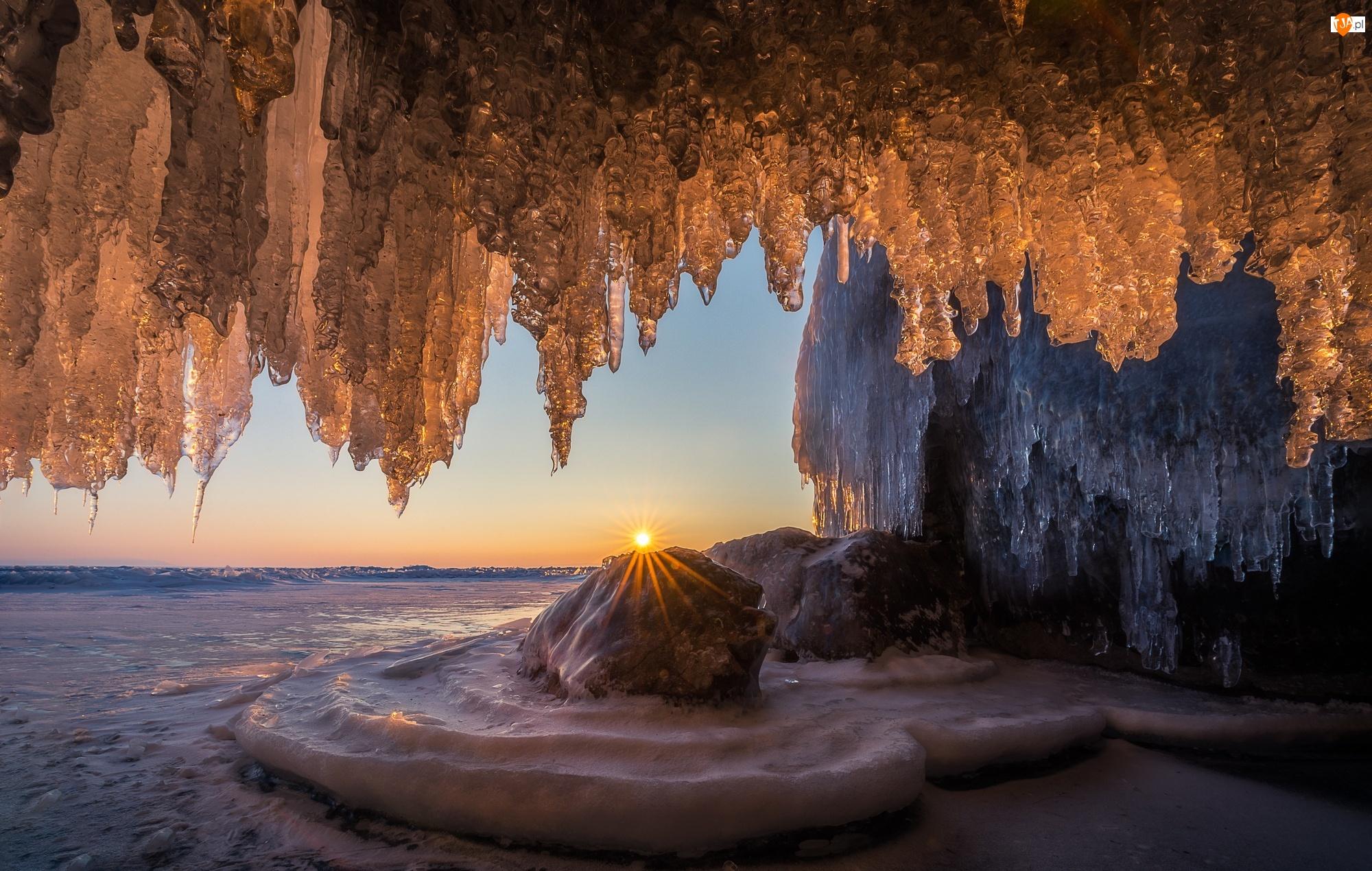 Lód, Jaskinia, Skały, Zima, Morze, Wschód słońca