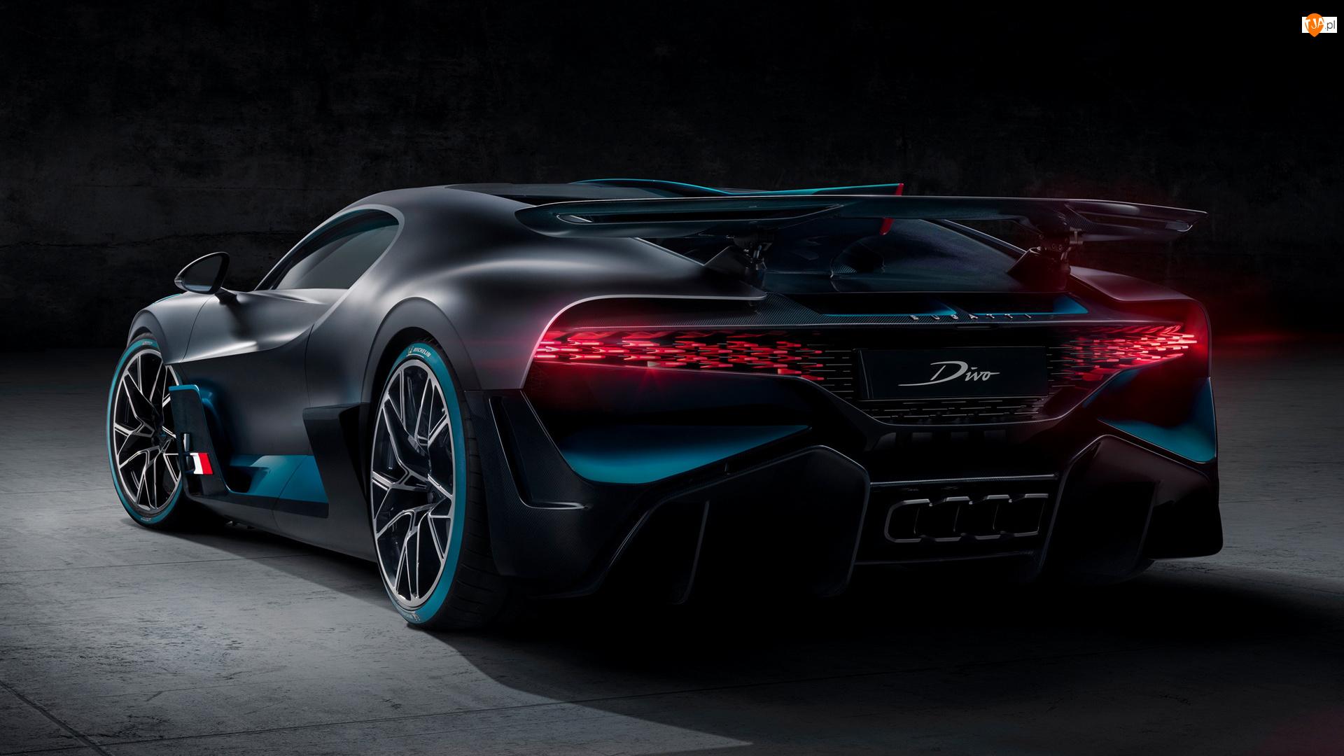 Tył, Bugatti Divo