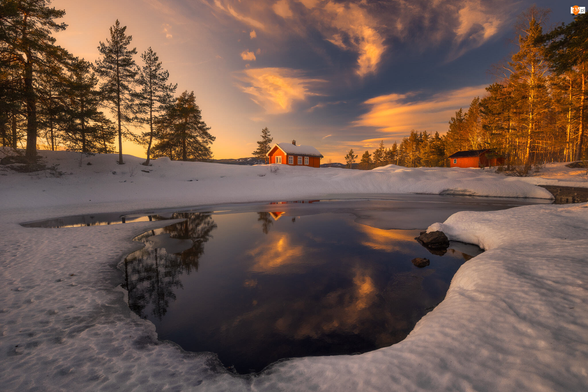 Jezioro Vaeleren, Domy, Norwegia, Ringerike, Zima, Zachód słońca, Drzewa