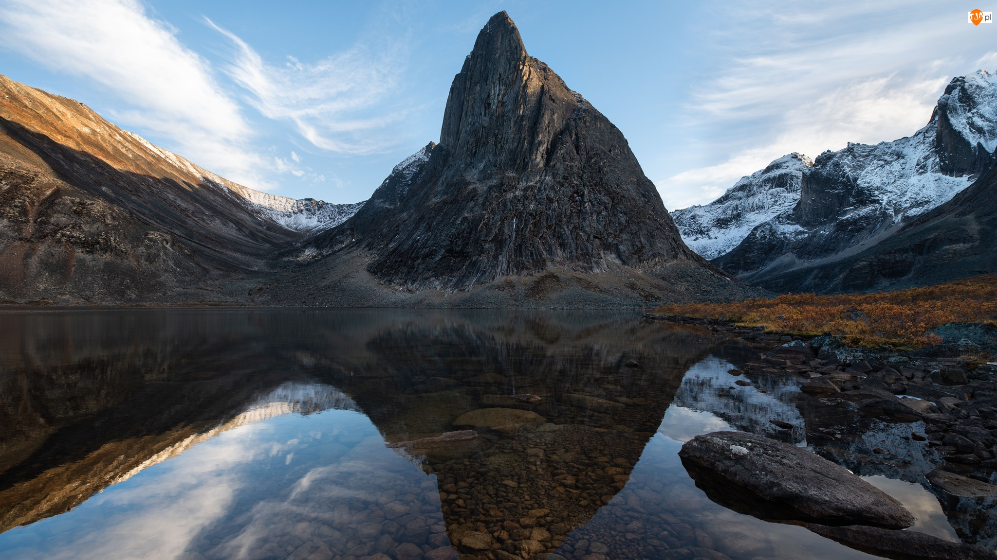 Góry, Śnieg, Kamienie, Jezioro, Szczyt