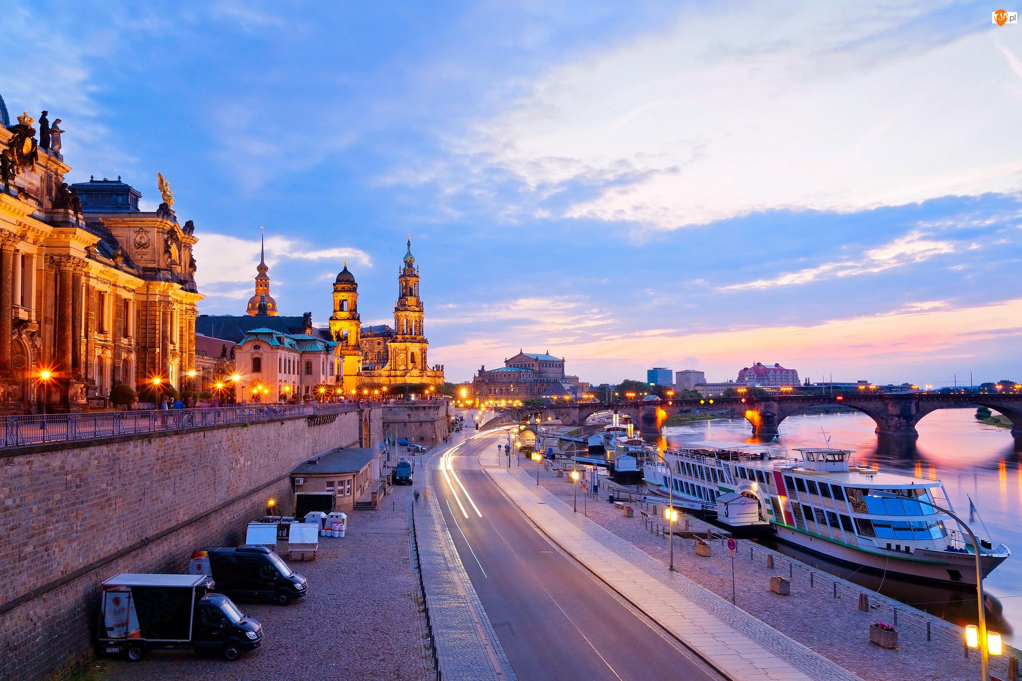 Statki, Tarasy Bruhla, Kościół, Promenada, Drezno, Niemcy, Rzeka Łaba, Most, Przystań, Katedra Świętej Trójcy