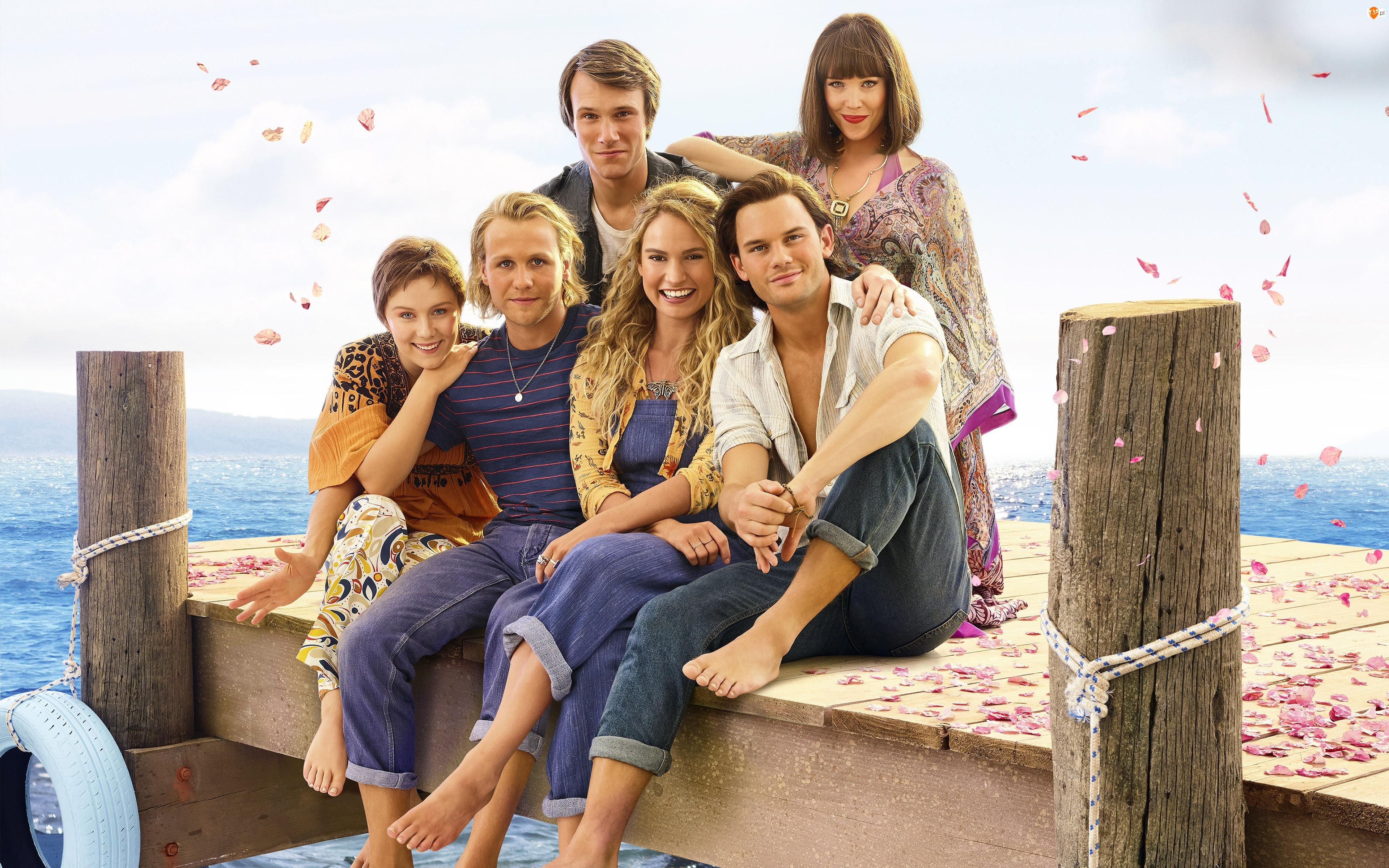 Mamma Mia Here We Go Again, Film, Lily James, Jeremy Irvine, Aktorka, Aktor
