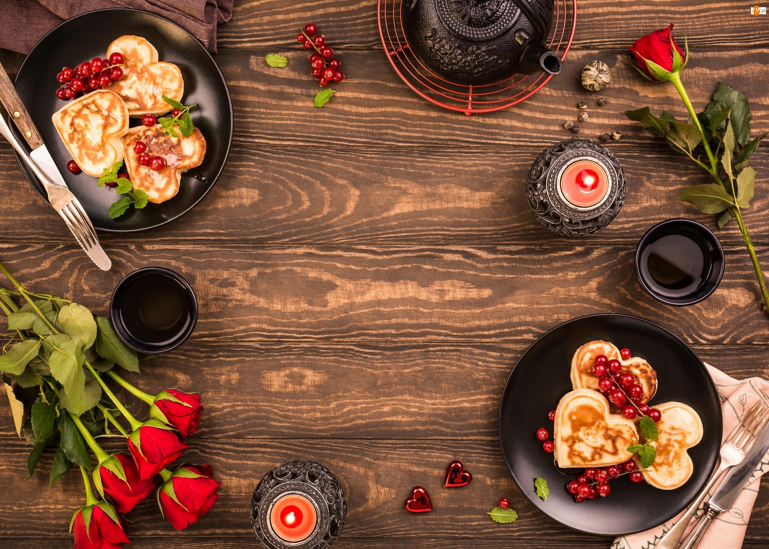 Kubki, Herbata, Naleśniki, Świeczki, Róże, Talerze