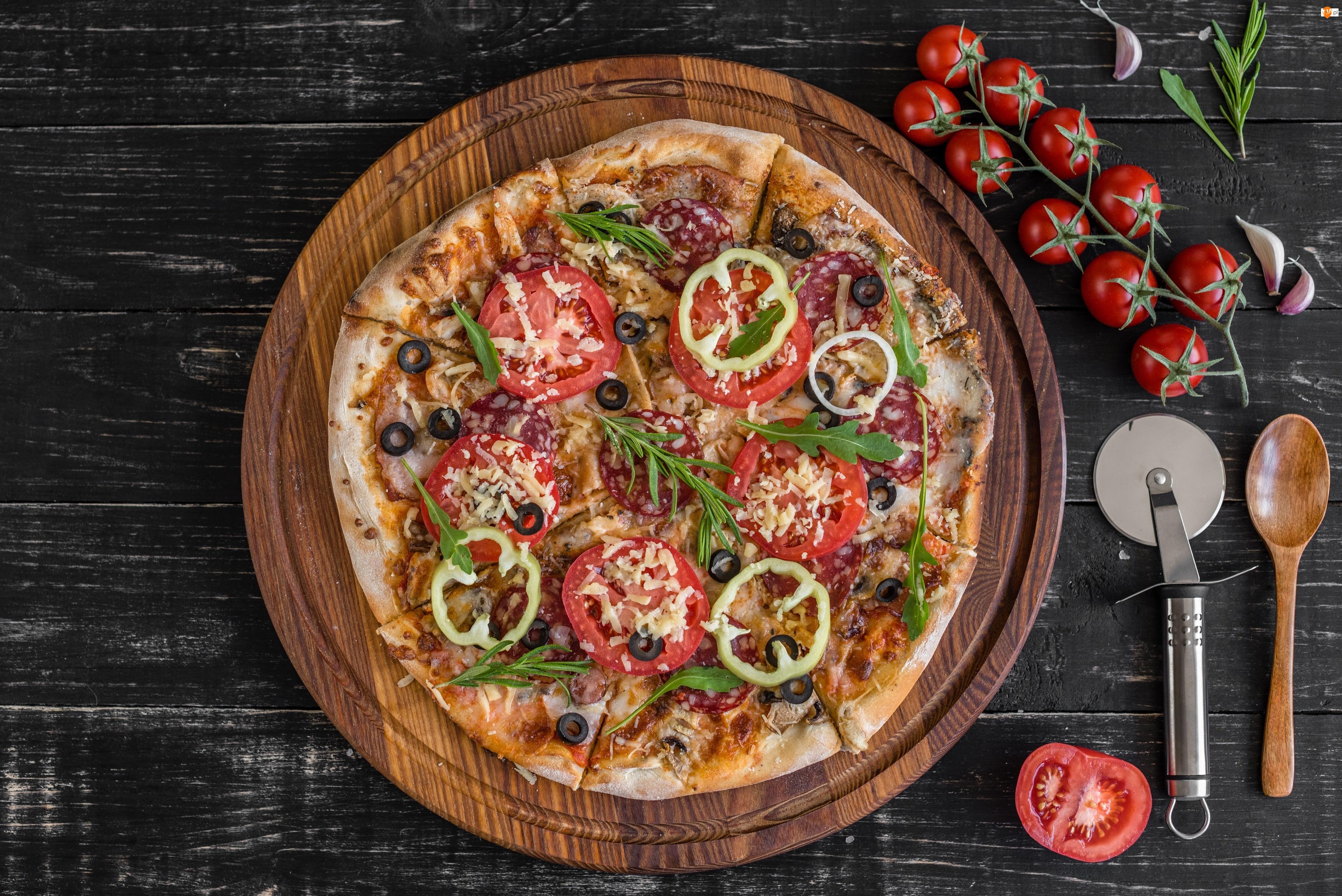 Deska, Pizza, Pomidory